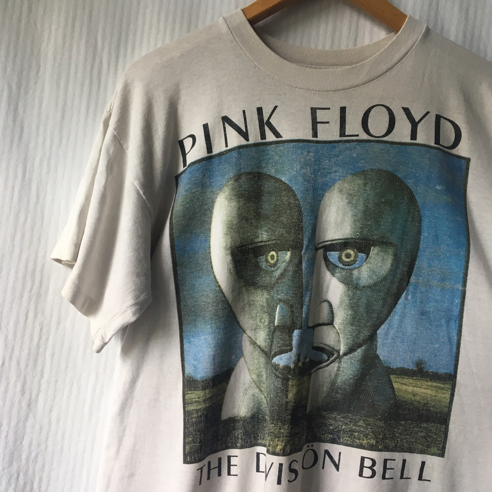 c434aff3d3d52 Pink Floyd The Wall Tour T Shirt - DREAMWORKS