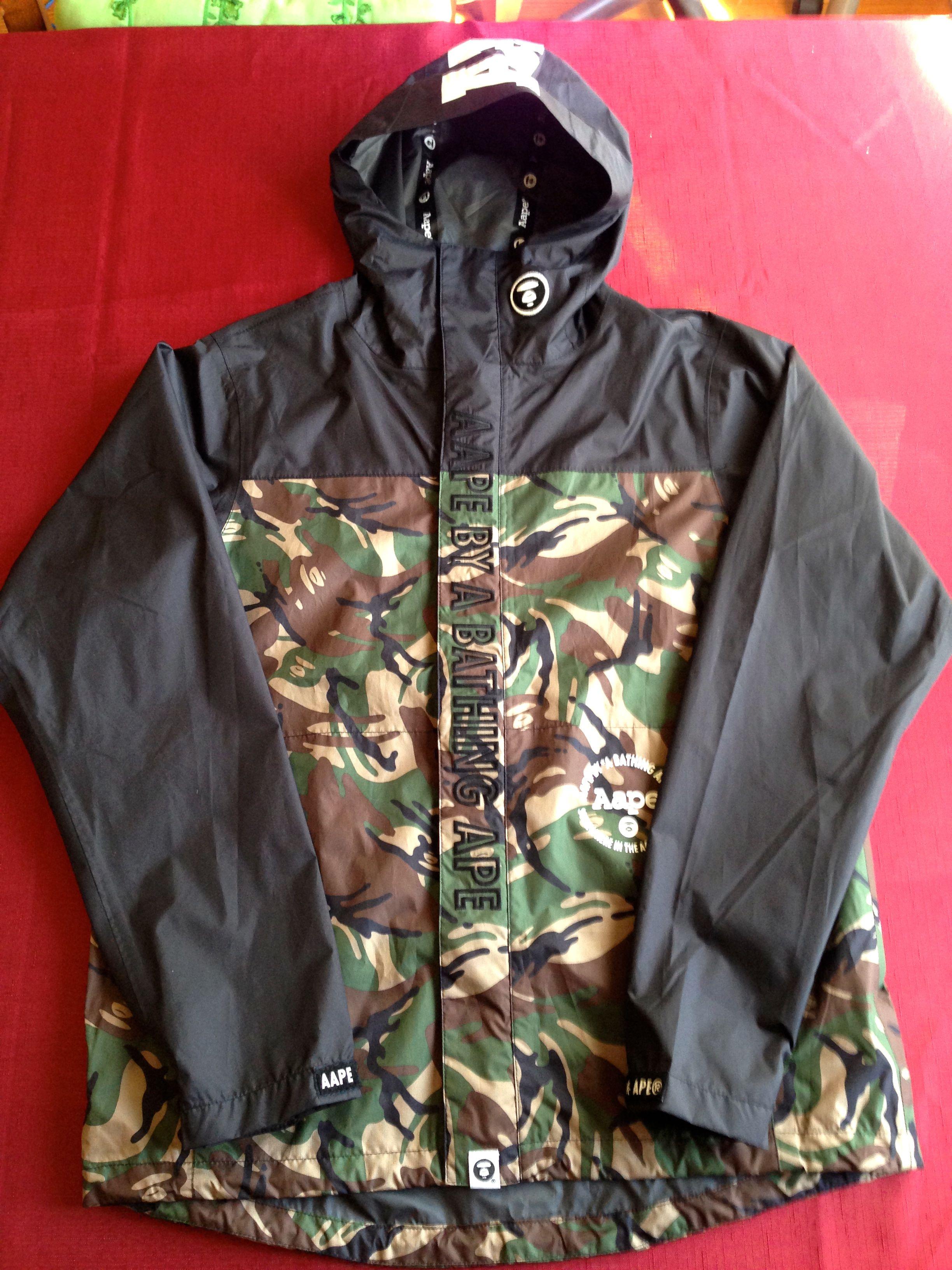 706da56cba09 Bape. AAPE By A Bathing Ape Hooded Zip Up Jacket Windbreaker Black Green  Camo BAPE