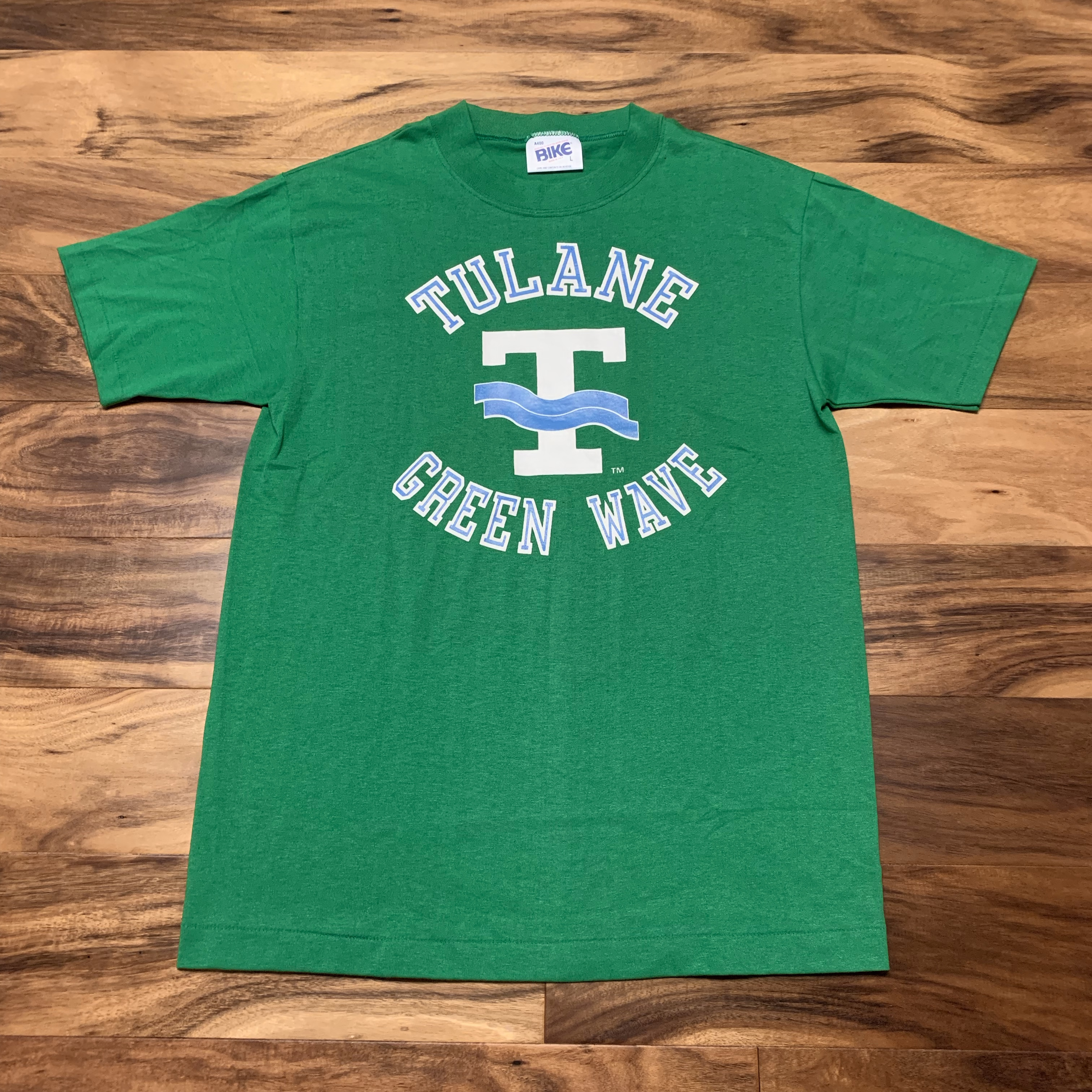 competitive price a5f5d 0a29c 90s Tulane University Green Wave College Bike Tee Shirt VTG