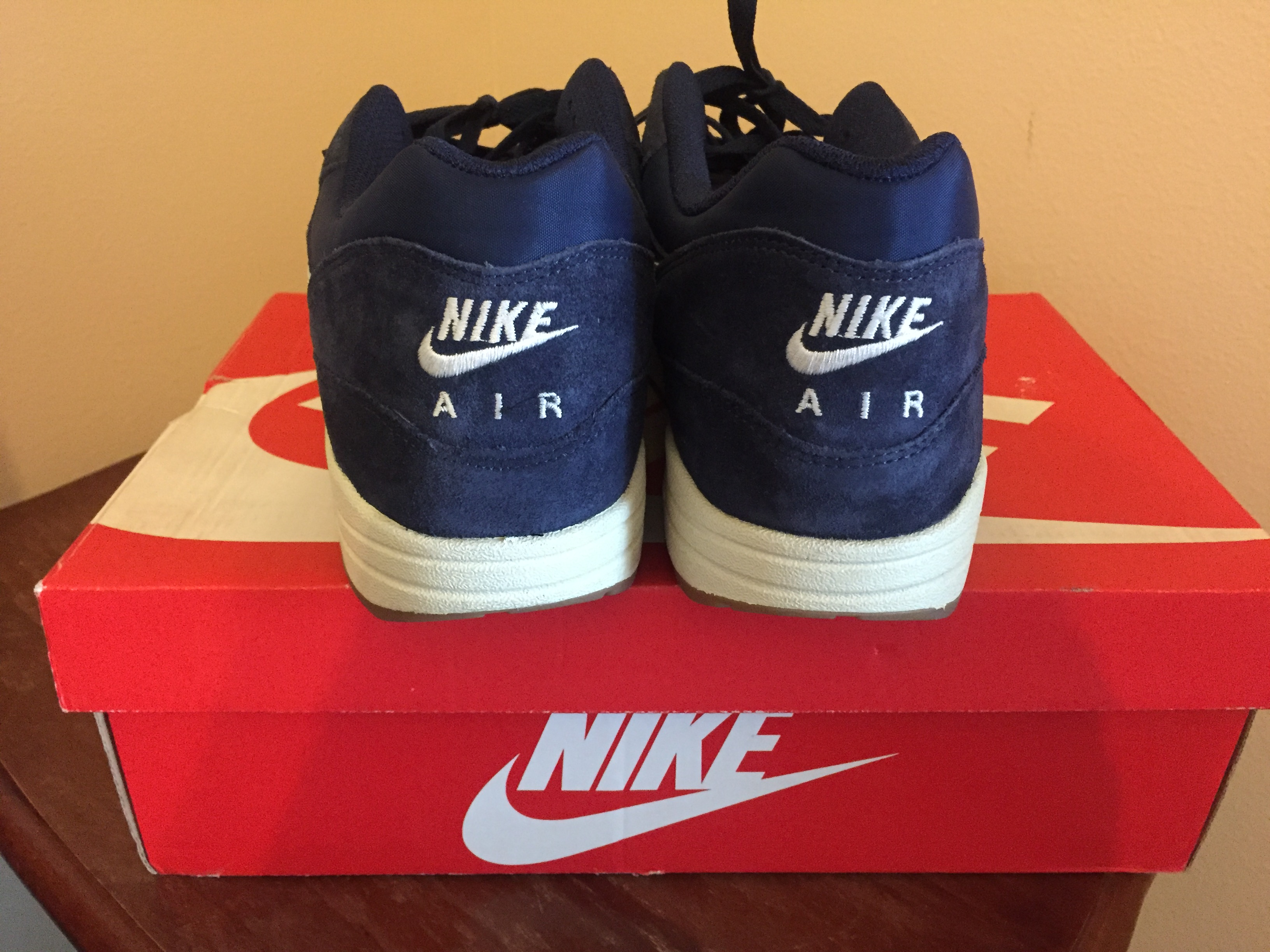 wholesale dealer 84142 5f7d1 Nike ×. Nike Air Max 1 Essential Midnight Navy Light Bone-White 537383 401