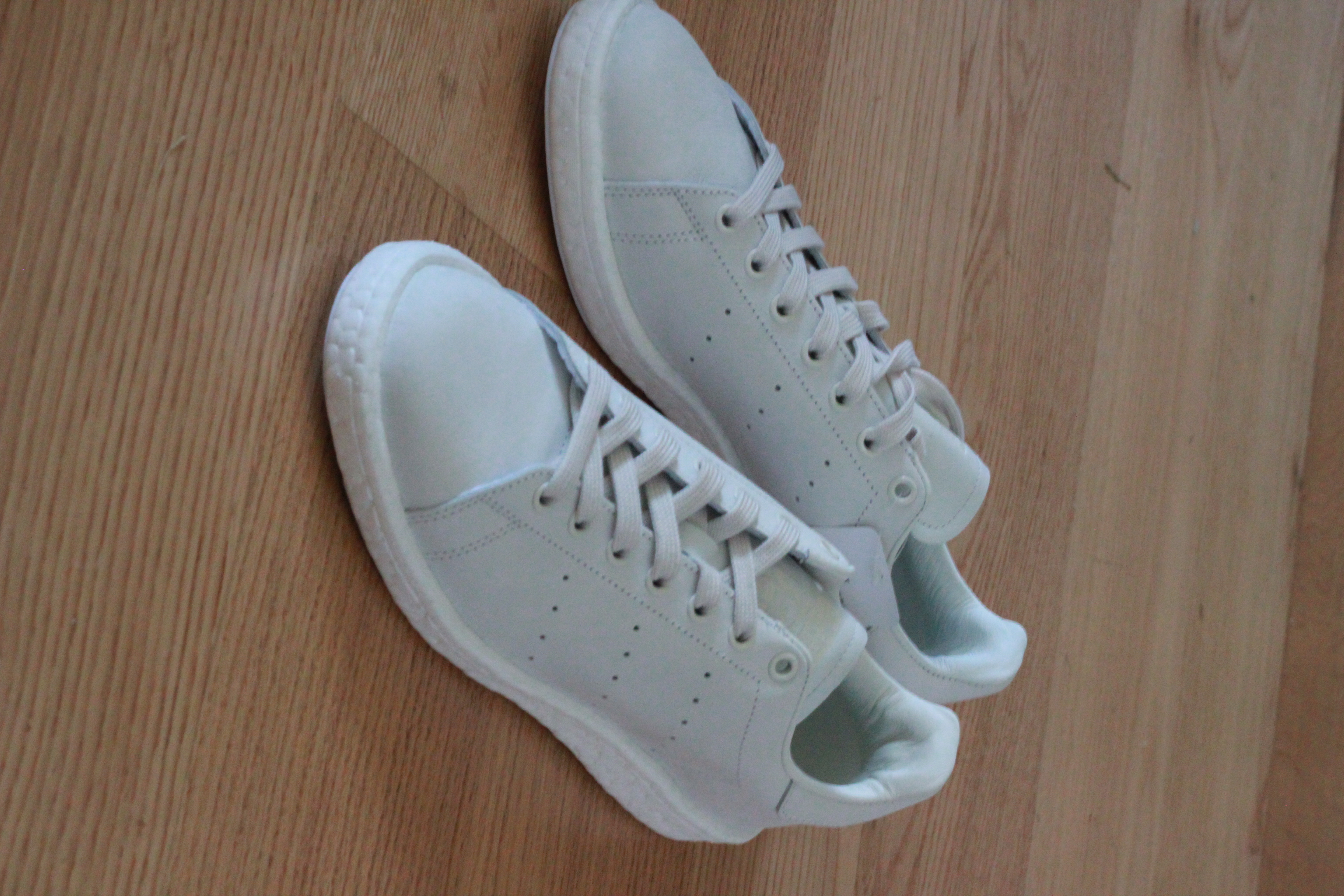 Sneakersnstuff x Adidas Stan Smith Boosts (BY2281) Size US 10 New w Box
