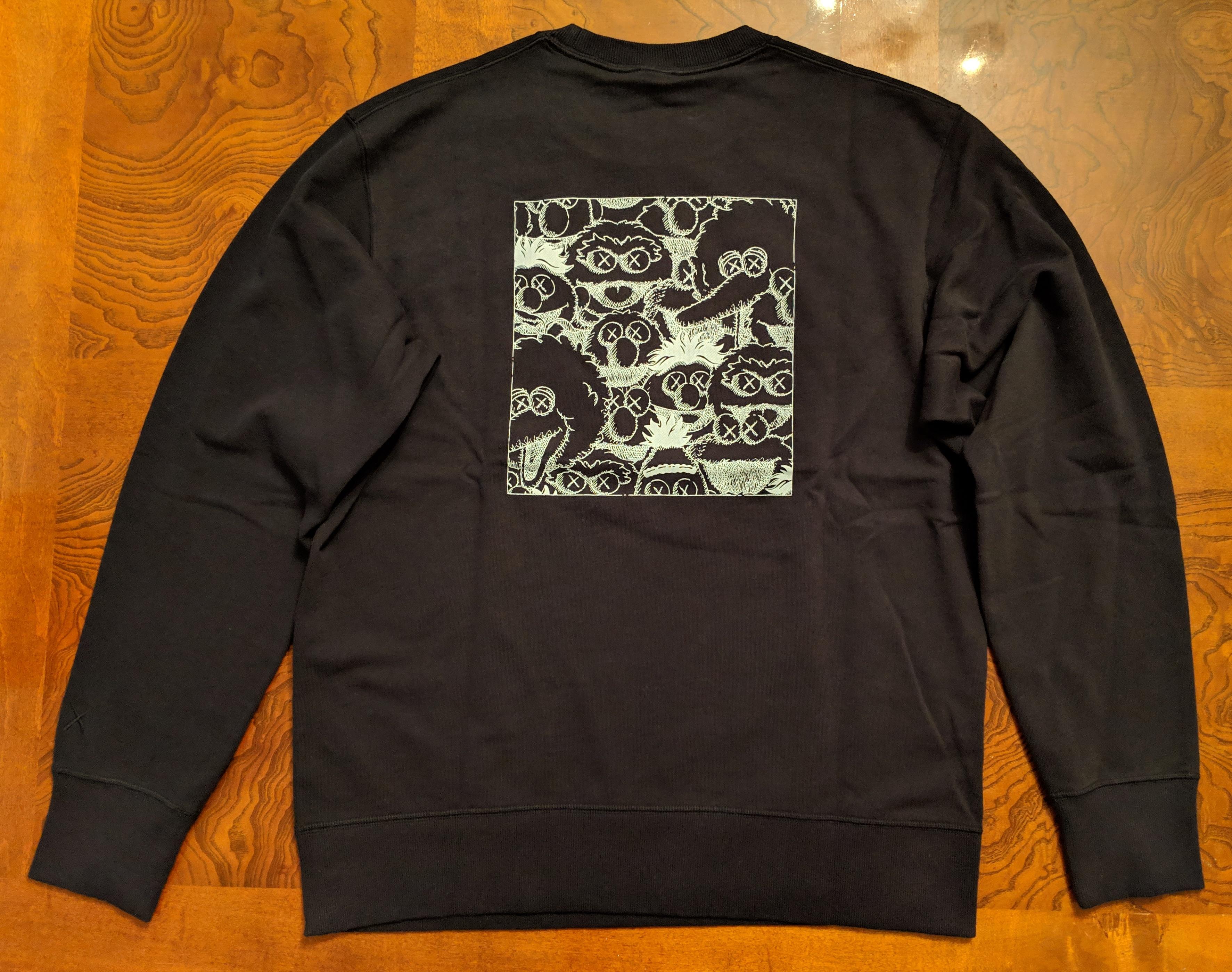 good out x great discount sale new products Kaws X Sesame Street XX Graphic Sweatshirt (Black) Size L