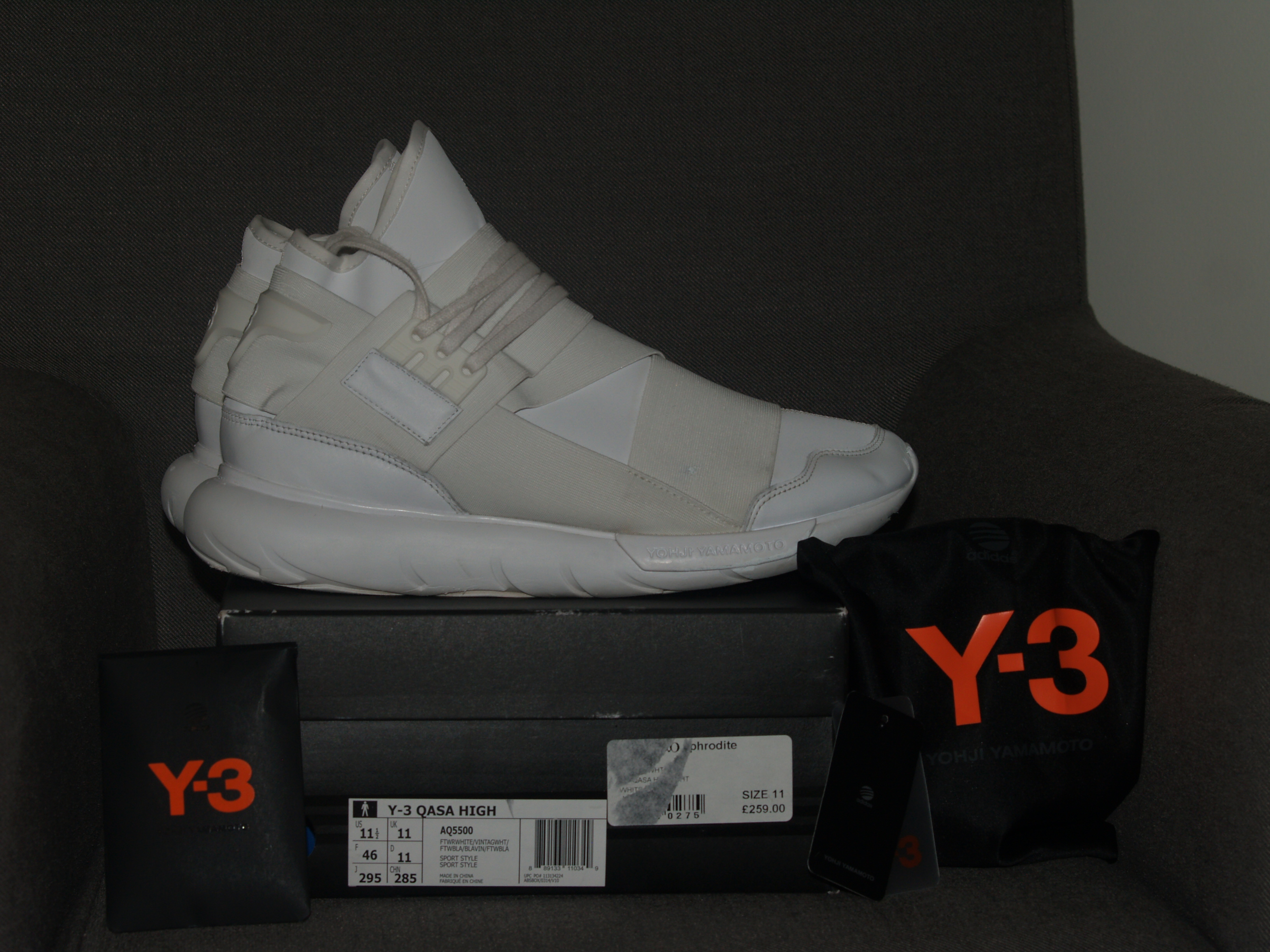 3433e94be Adidas × Y-3 × Yohji Yamamoto ×. Y-3 Qasa High - Triple White. Size  US 11.5    EU ...