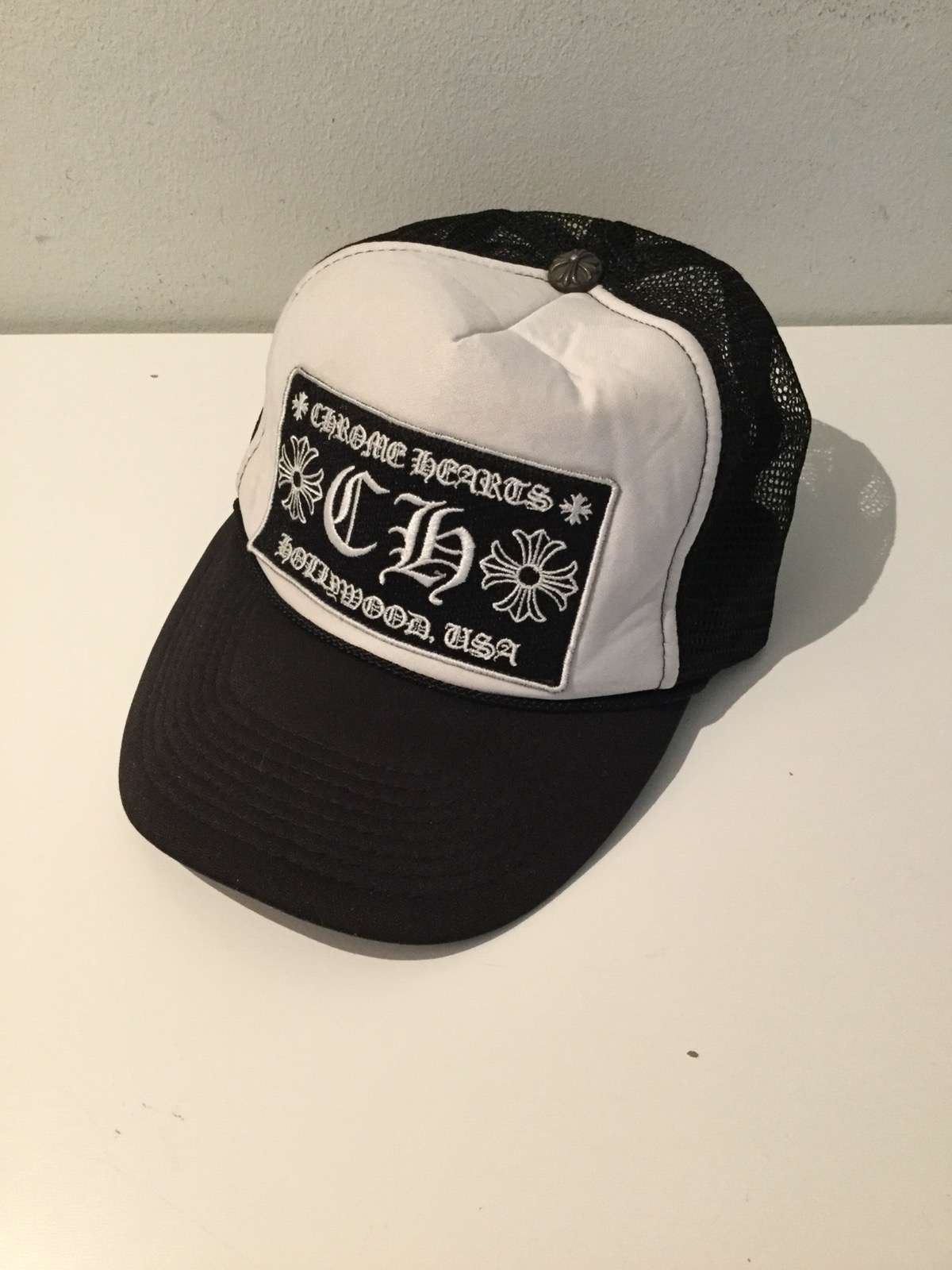 f100301ff Chrome Hearts Trucker Hat