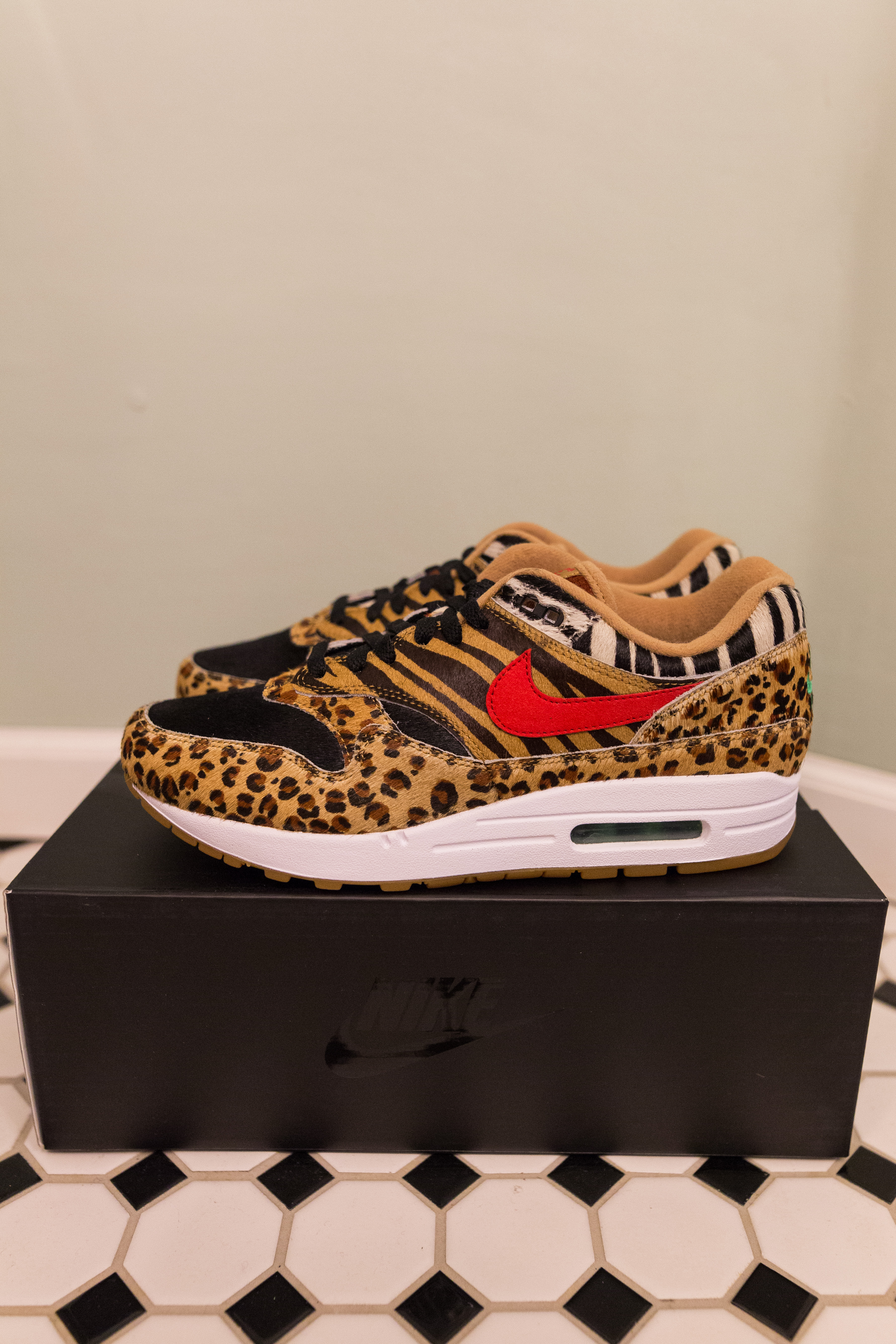 factory price f393a e52c3 Nike × Atmos ×. Air Max 1 ATMOS Animal Pack 2.0 Safari DLX ...