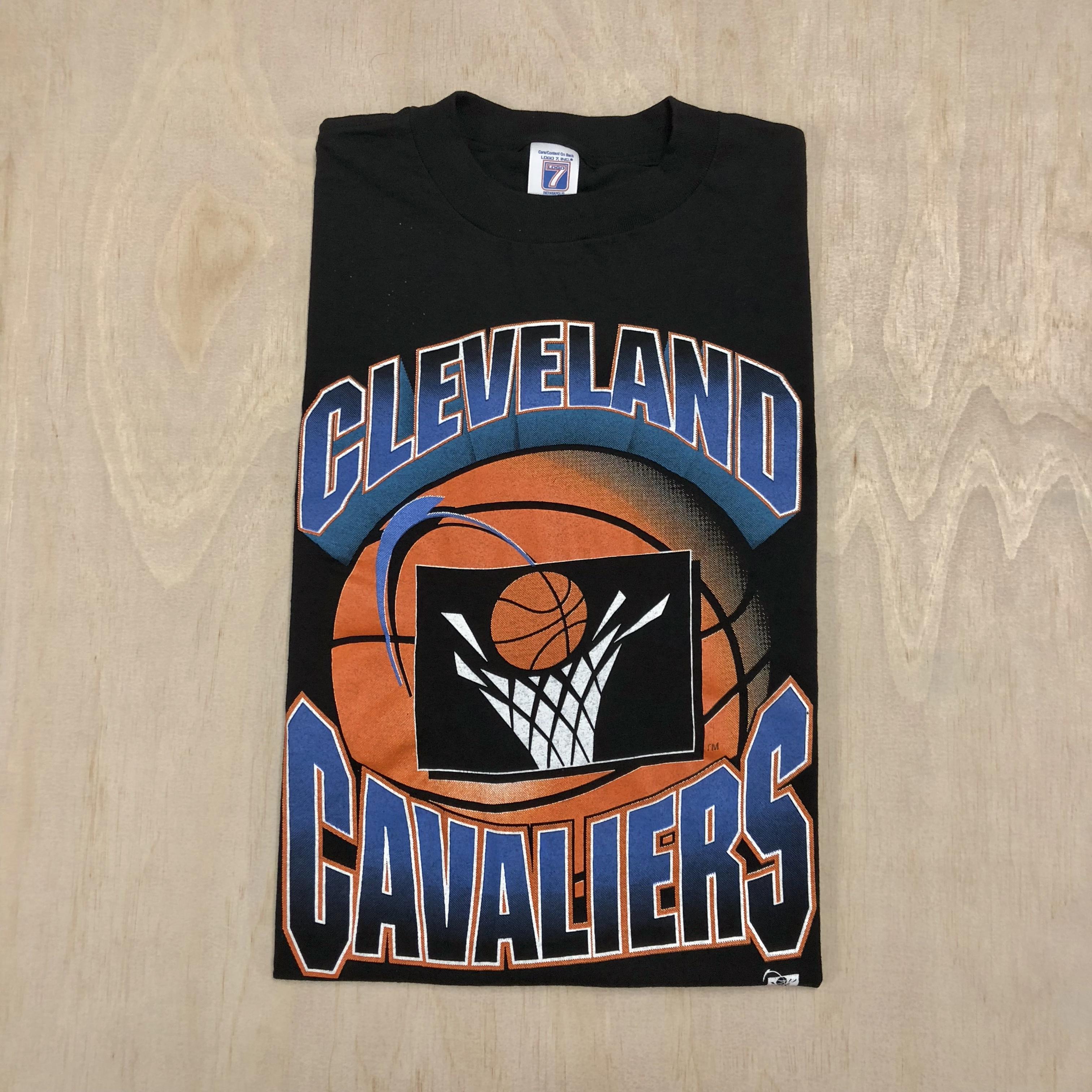 official photos 8c1aa 40e7b 90s Cleveland Cavaliers Basketball Retro Logo Tee Shirt VTG