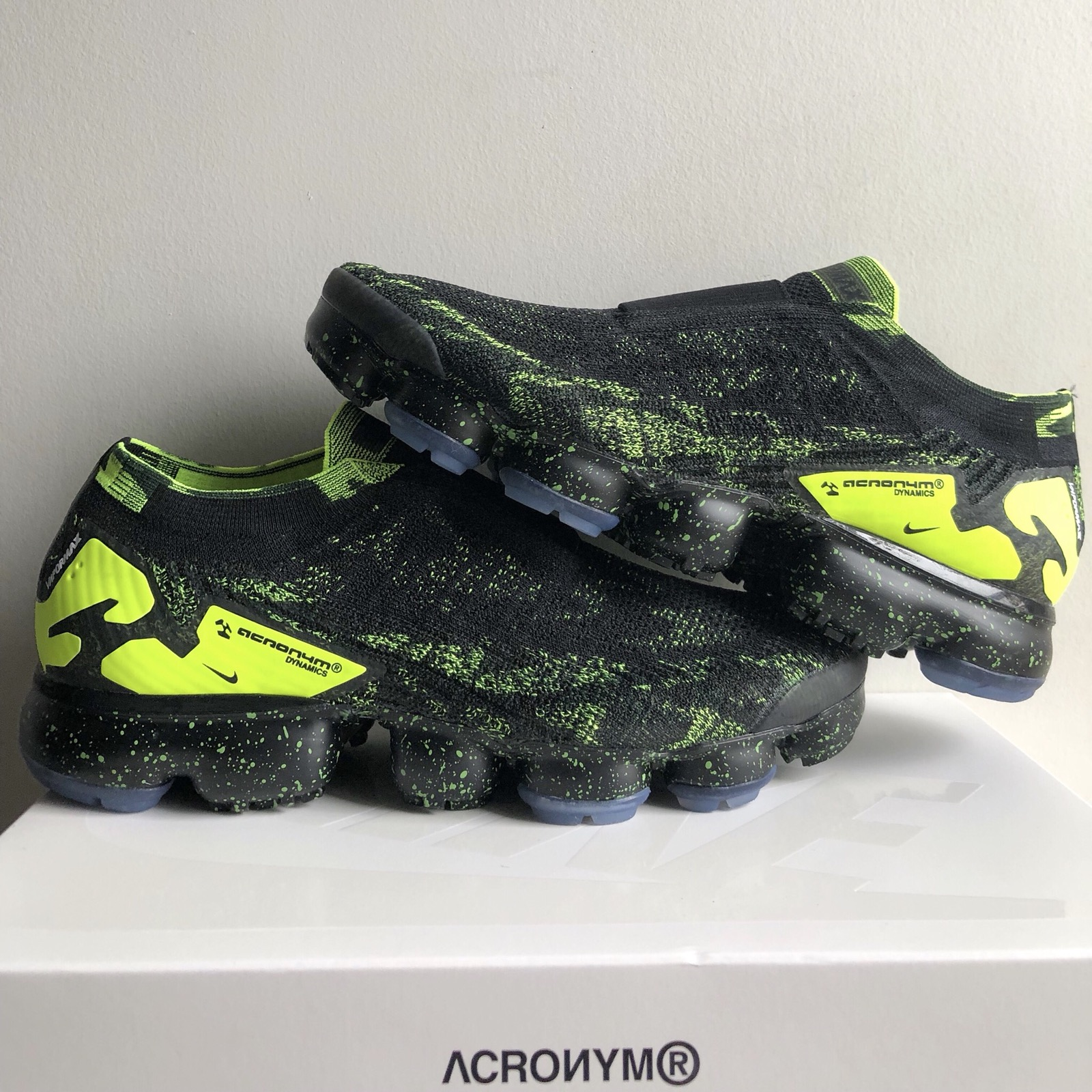 aecd15e90167a Nike Air Vapormax Moc 2 Acronym Black Size 9 - Low-Top Sneakers for Sale -  Grailed