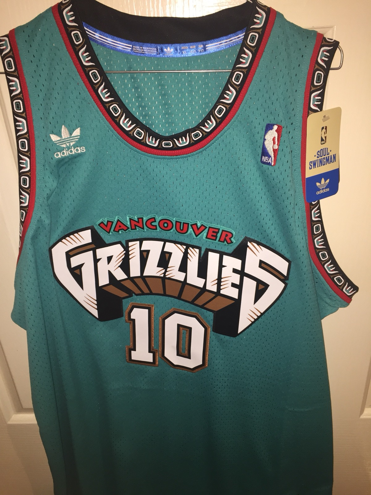 4afbc96b136 Adidas ×. Mike Bibby Rare Vancouver Grizzlies 98-99 Jersey