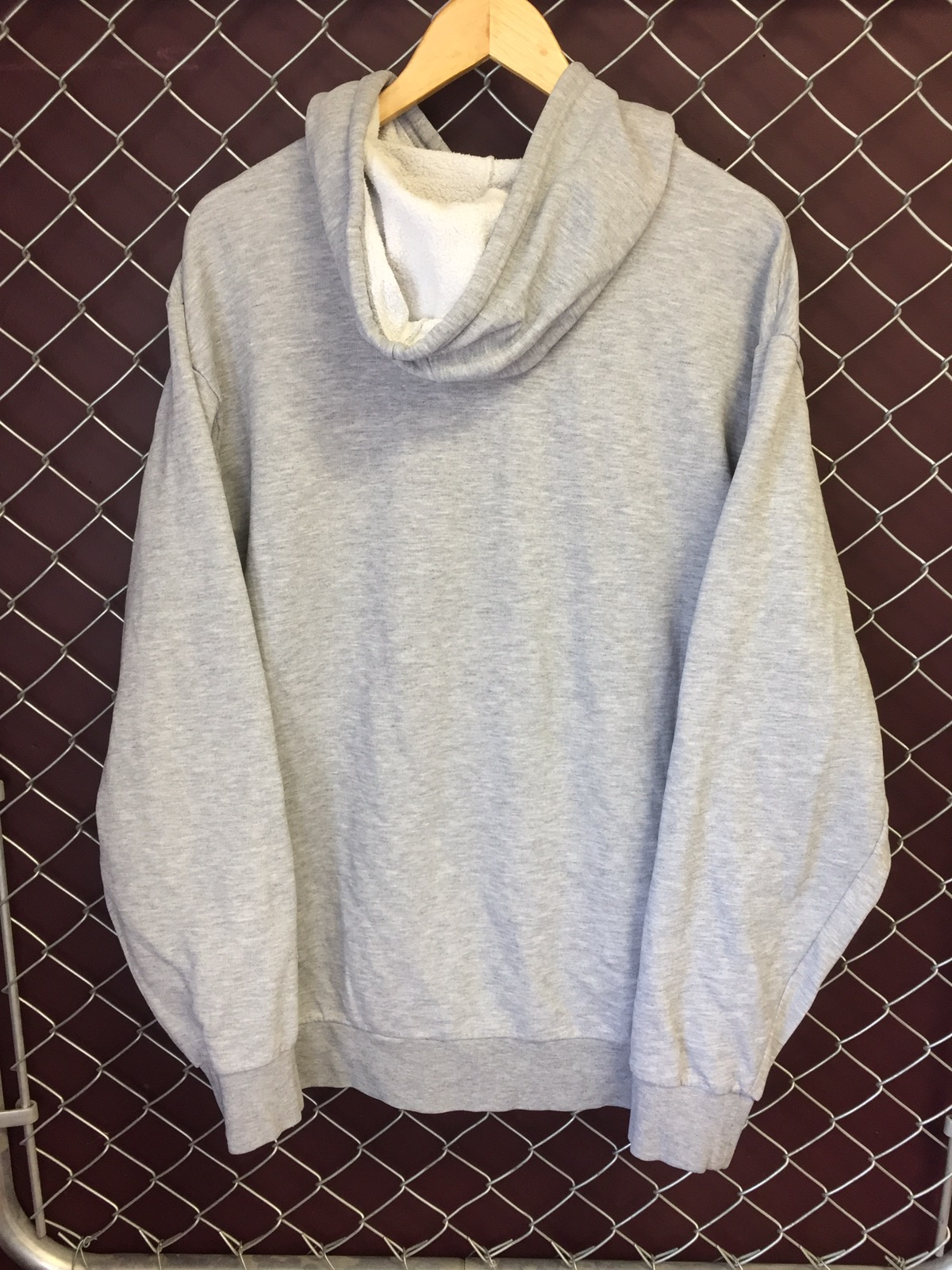nike hoodie small swoosh in middle