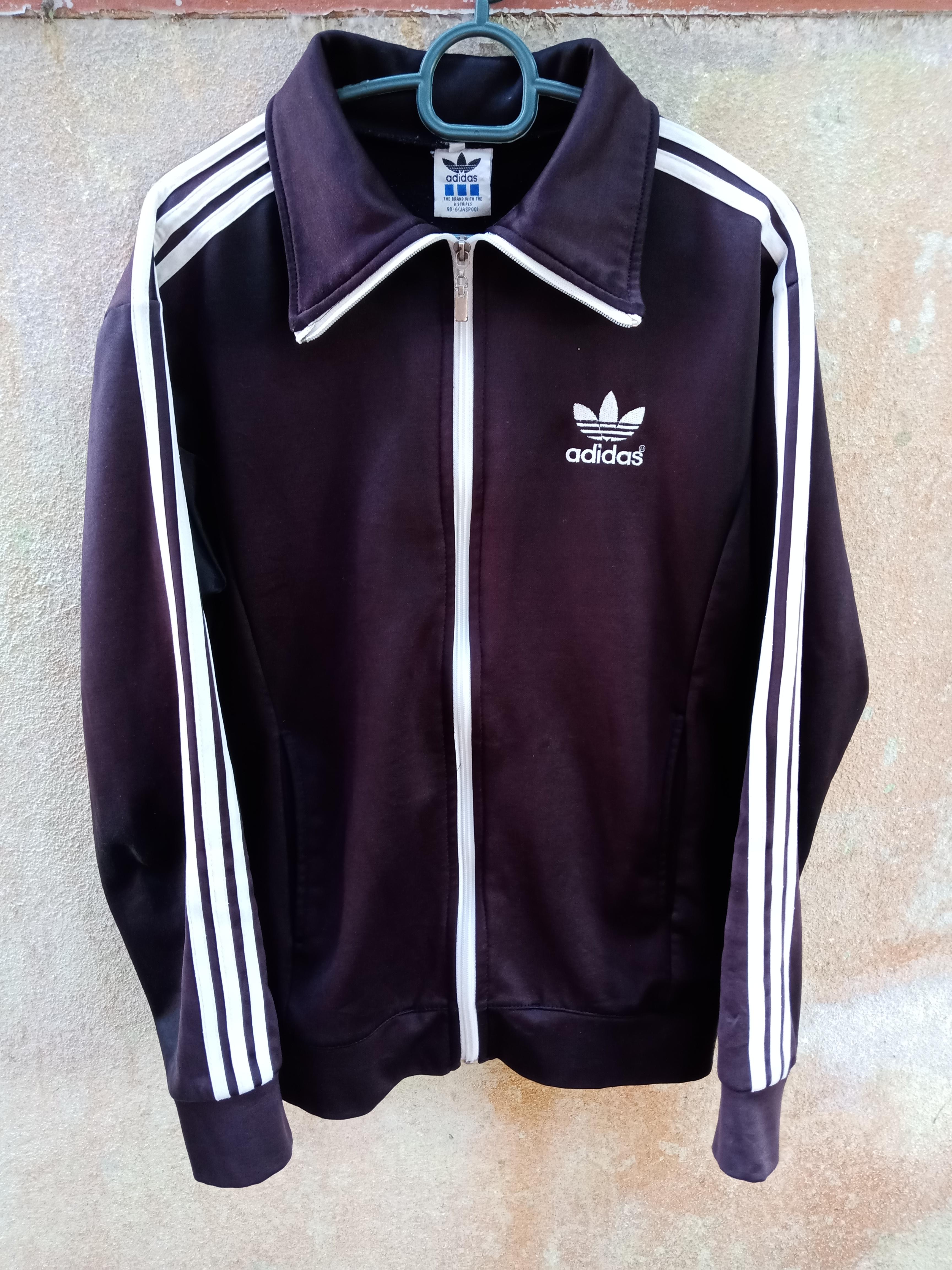 demanda Esquivo disco  Adidas Adidas Track Top Jacket Saiz M Black Stripe White | Grailed