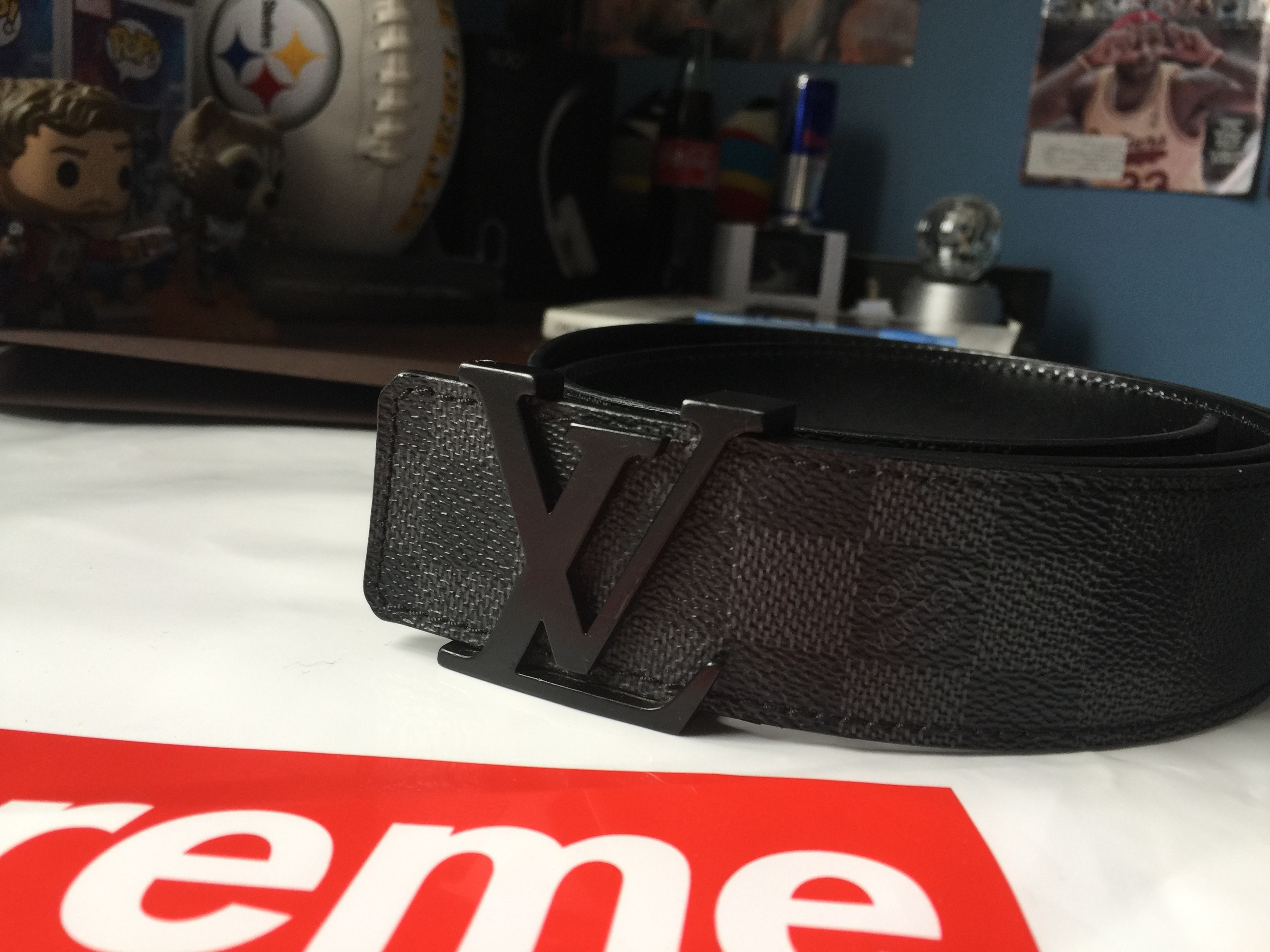 5c9e754b82a5 Louis Vuitton Lv Initiales 40mm Men s Black charcoal Belt -size 32 ...