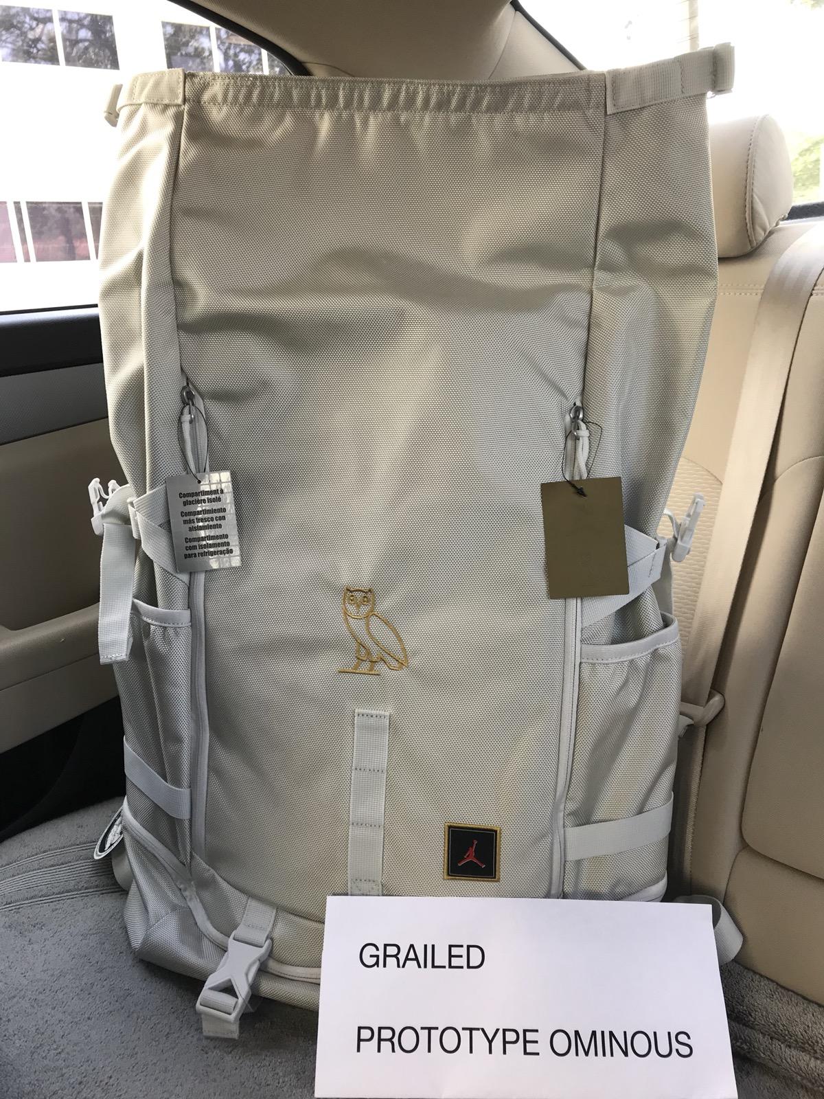 f397624bcb0339 Nike 🚨final Drop🚨🔥rare🔥 Jordan Ovo Drake Nike Bag Toploader ...