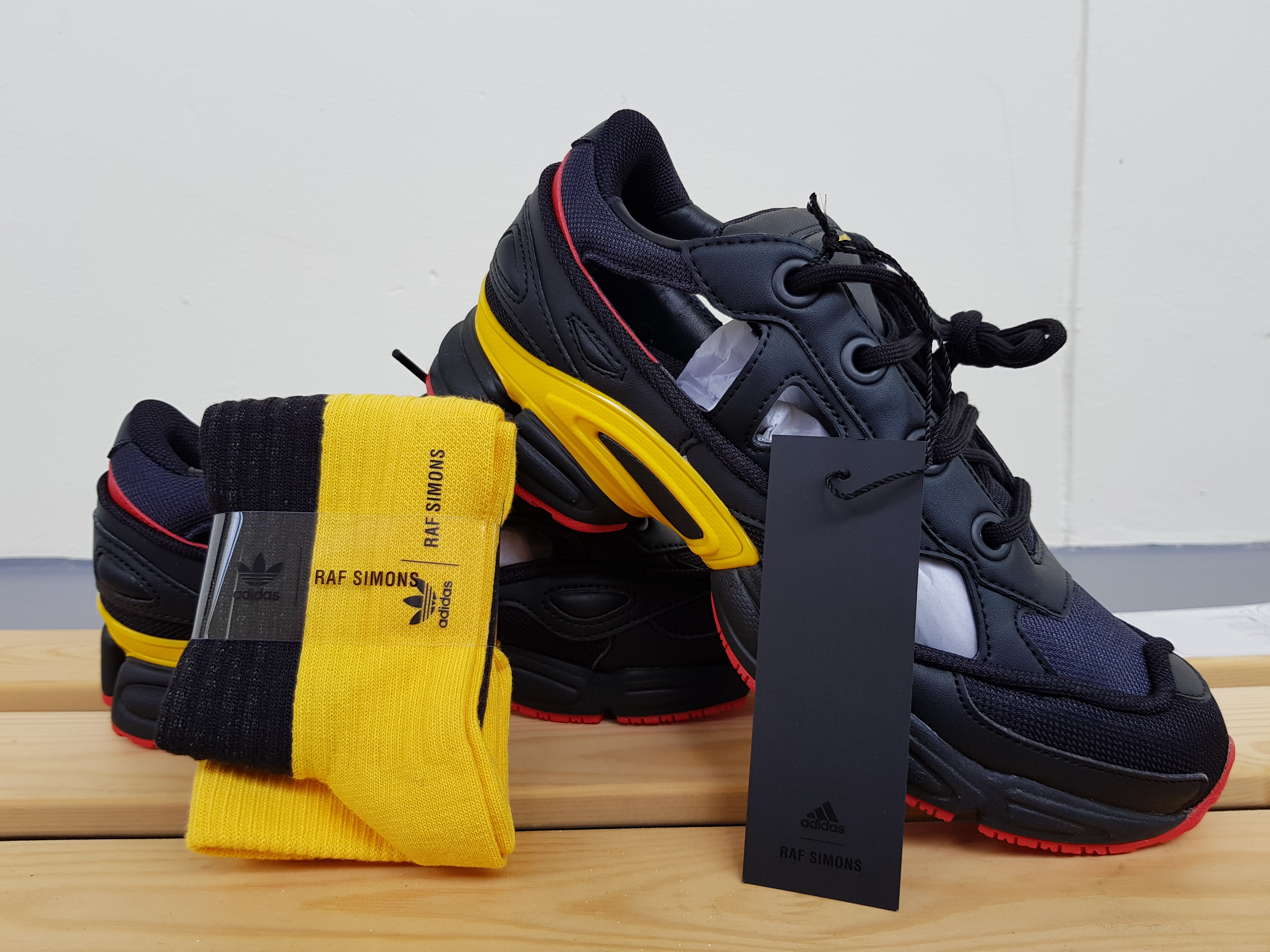 Adidas x Raf Simons Replicant Ozweego 'Belgium' Pack Trainer
