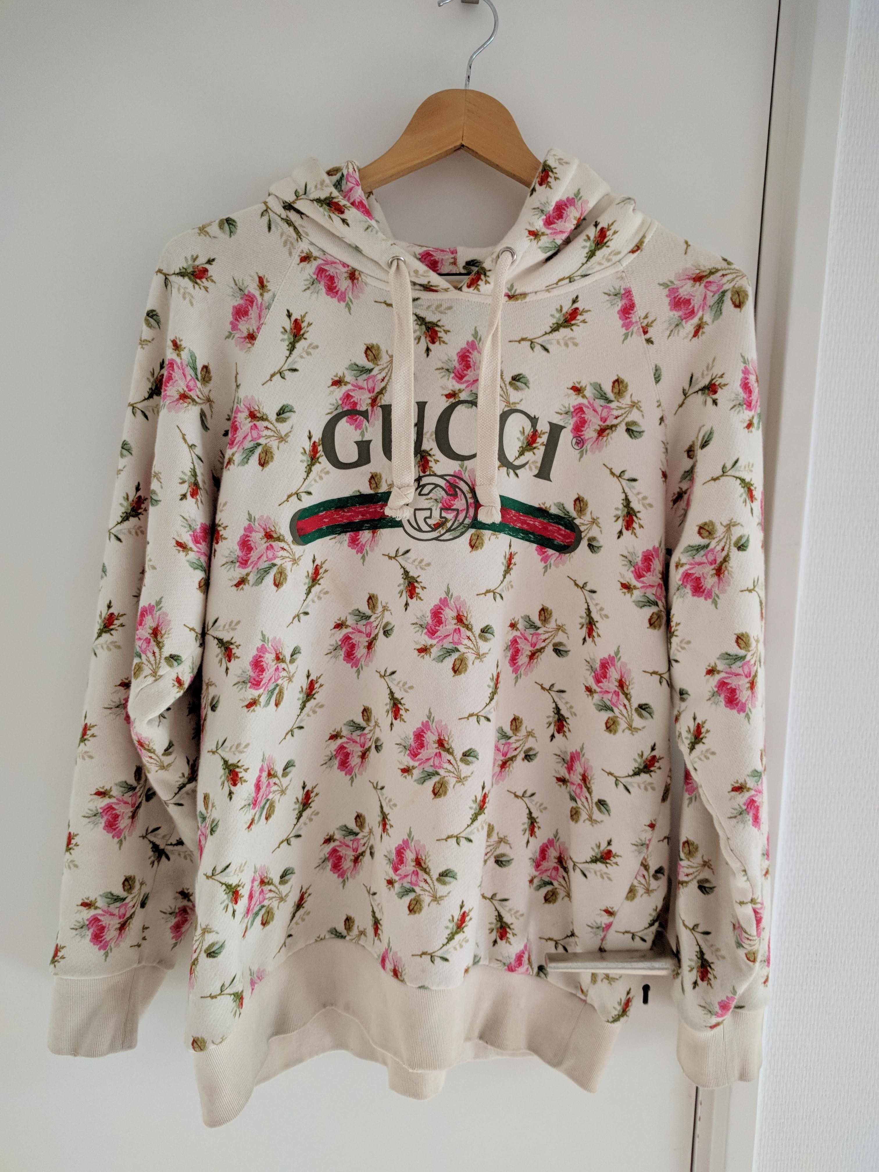 Gucci  Fake Logo Floral Hoodie  Size m - Sweatshirts   Hoodies for ... 8dadc2235