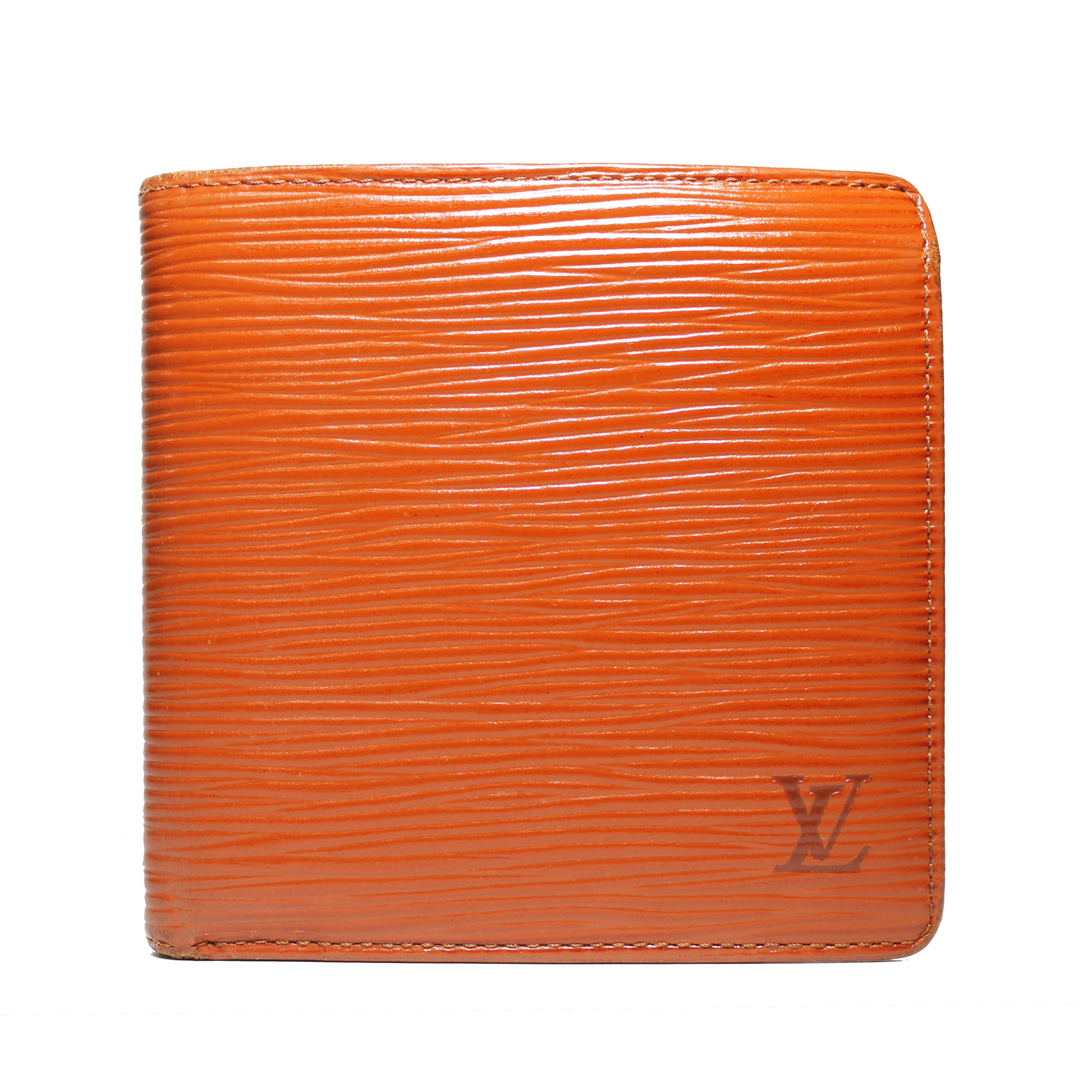 d6c3fa29be57 Louis Vuitton ×. Marco Wallet - Fawn Epi