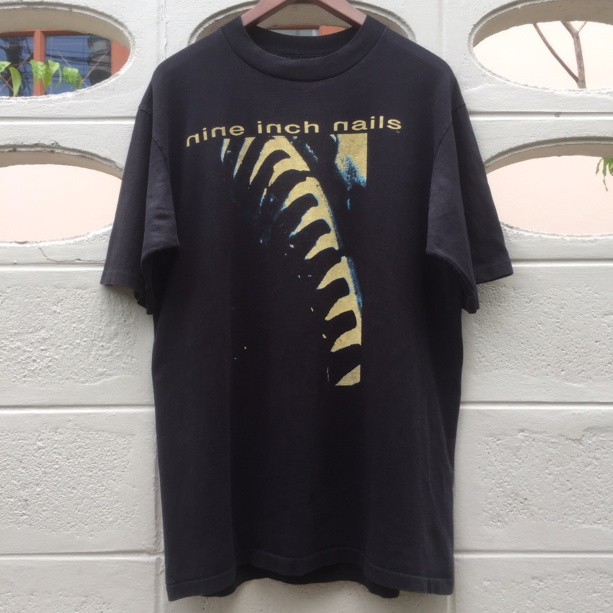 Vintage Nine Inch Nails Now I'm Nothing 90s Rock Black T-Shirt top good.@ RARE