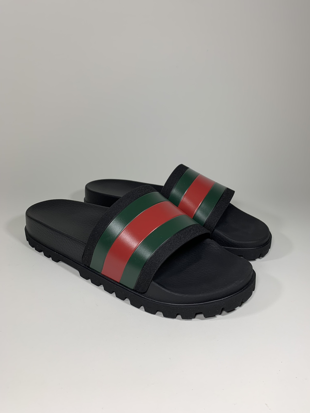 f63ab724703f Gucci Gucci Pursuit Treck Slide Sandal Size 14us 13uk