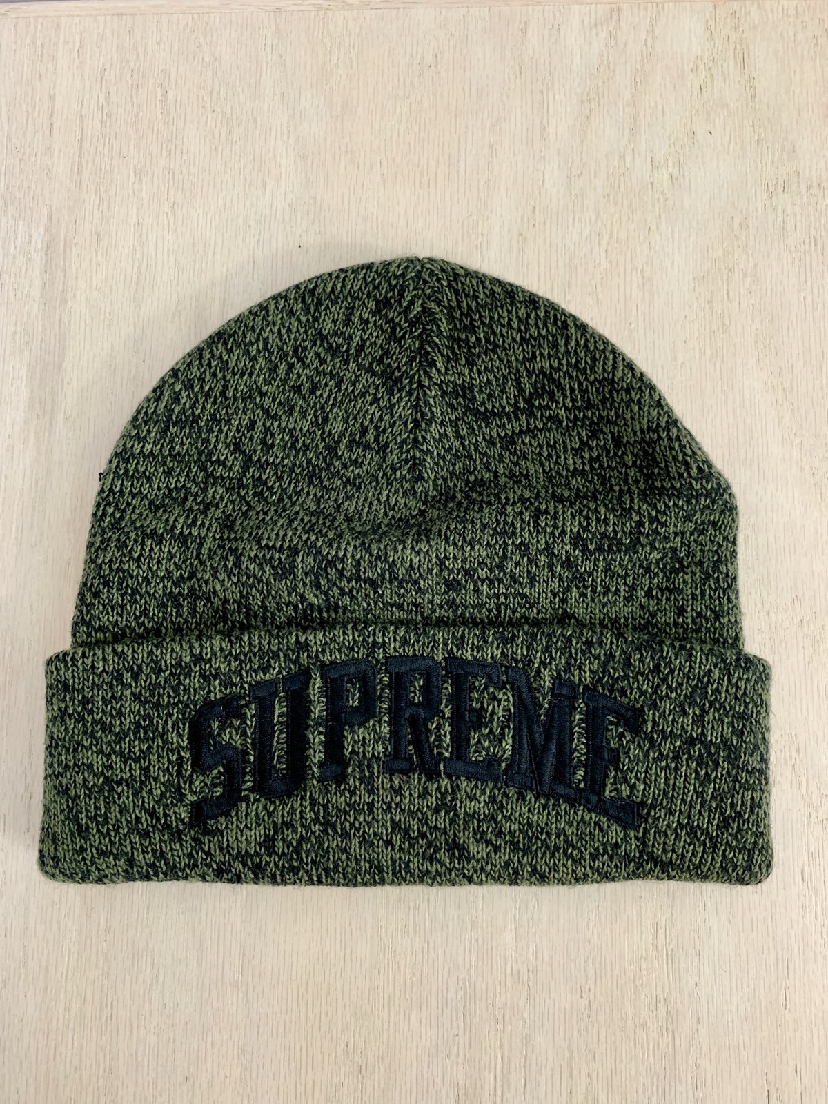 1c7351bfe92 Supreme FW16 Melange Beanie in Black Size one size - Hats for Sale - Grailed