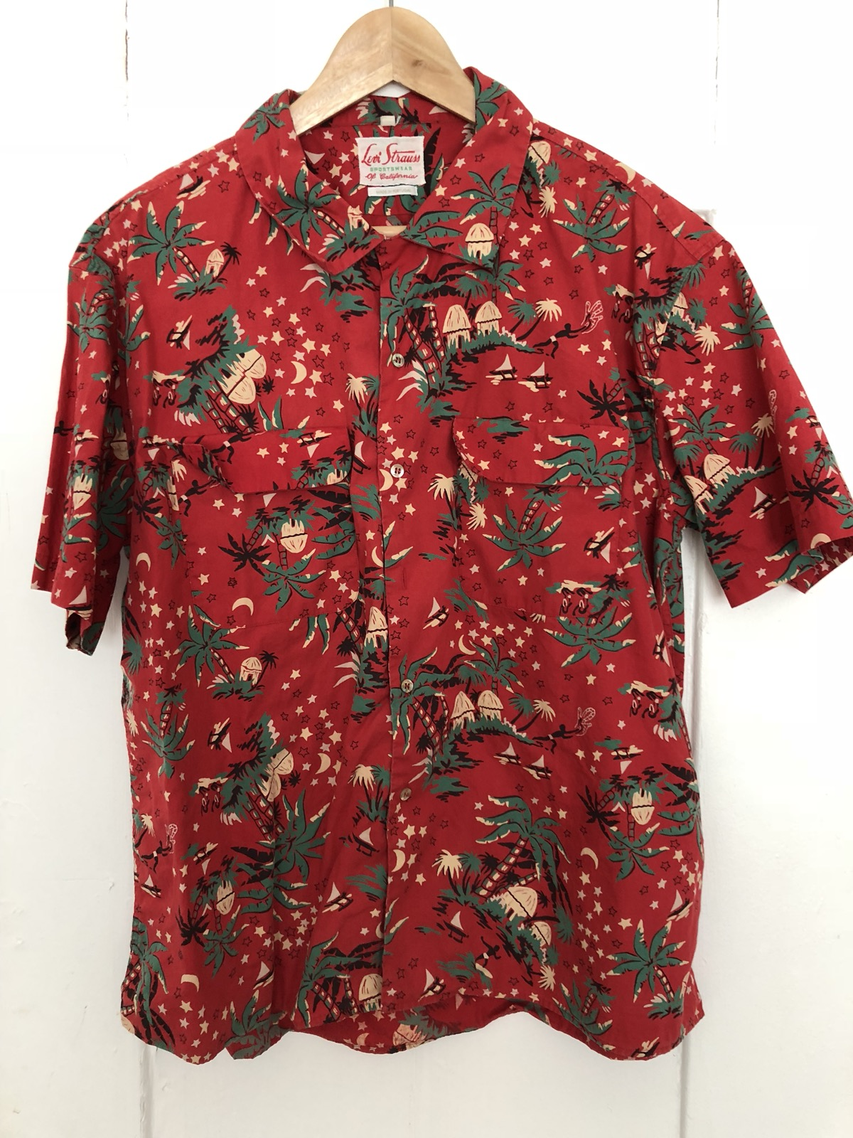 9b8fe04b Levis Vintage Clothing Hawaiian Shirt – EDGE Engineering and ...
