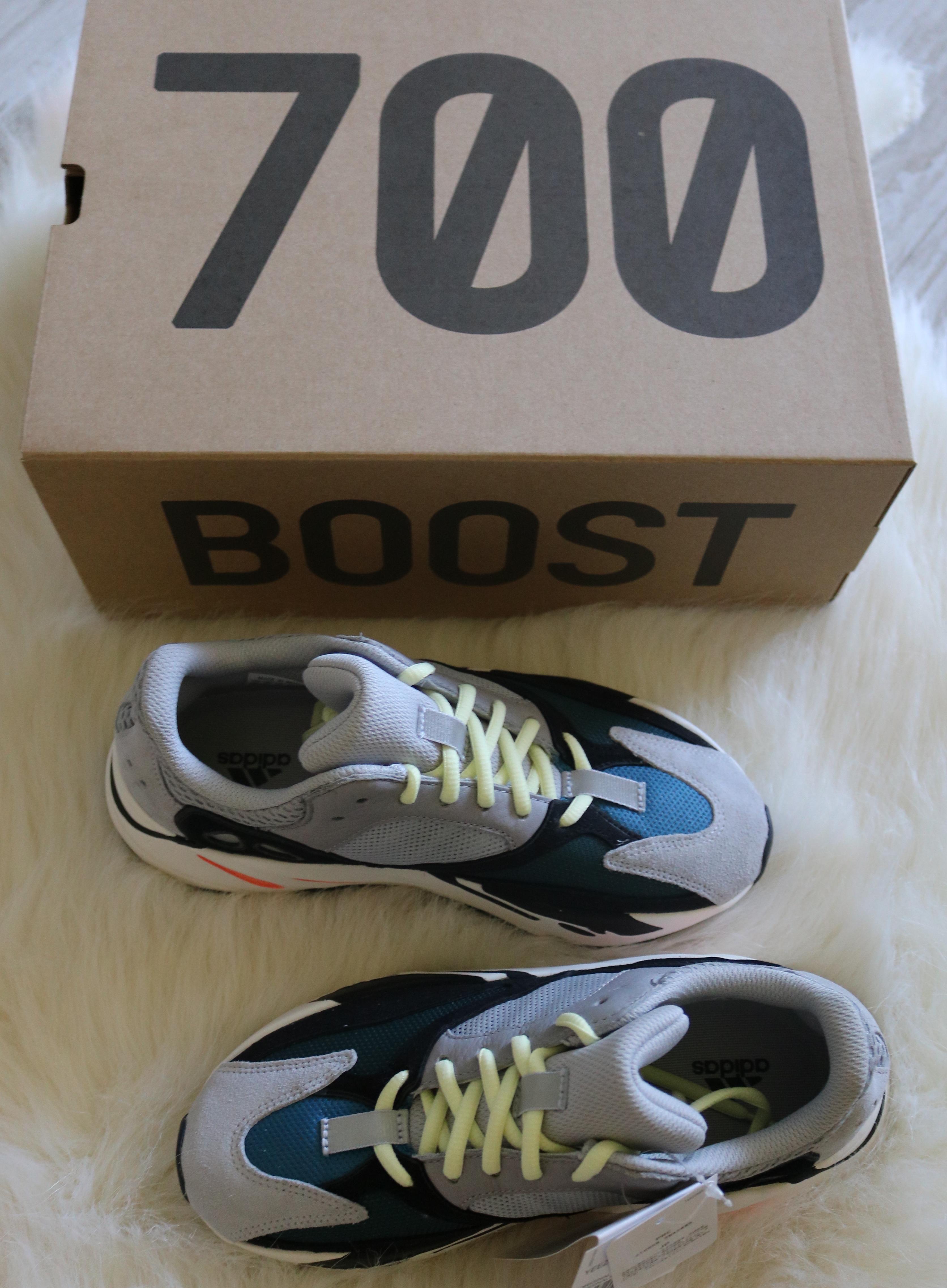 238133de2e6 Yeezy Boost adidas Yeezy Wave Runner 700 Solid Grey Size 5.5 - Low ...