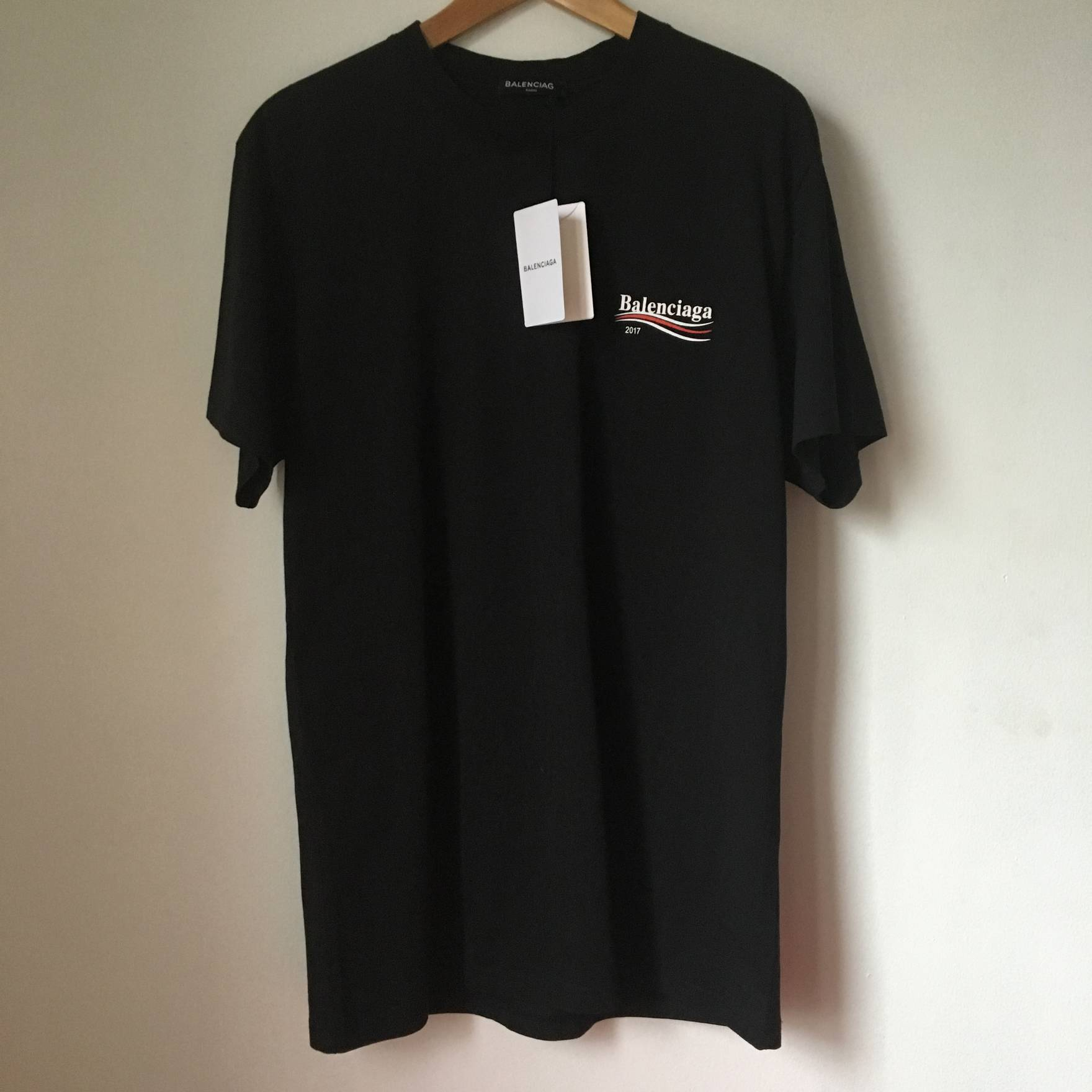 69715880f Balenciaga Black Campaign Logo T-Shirt Size m - Short Sleeve T-Shirts for  Sale - Grailed