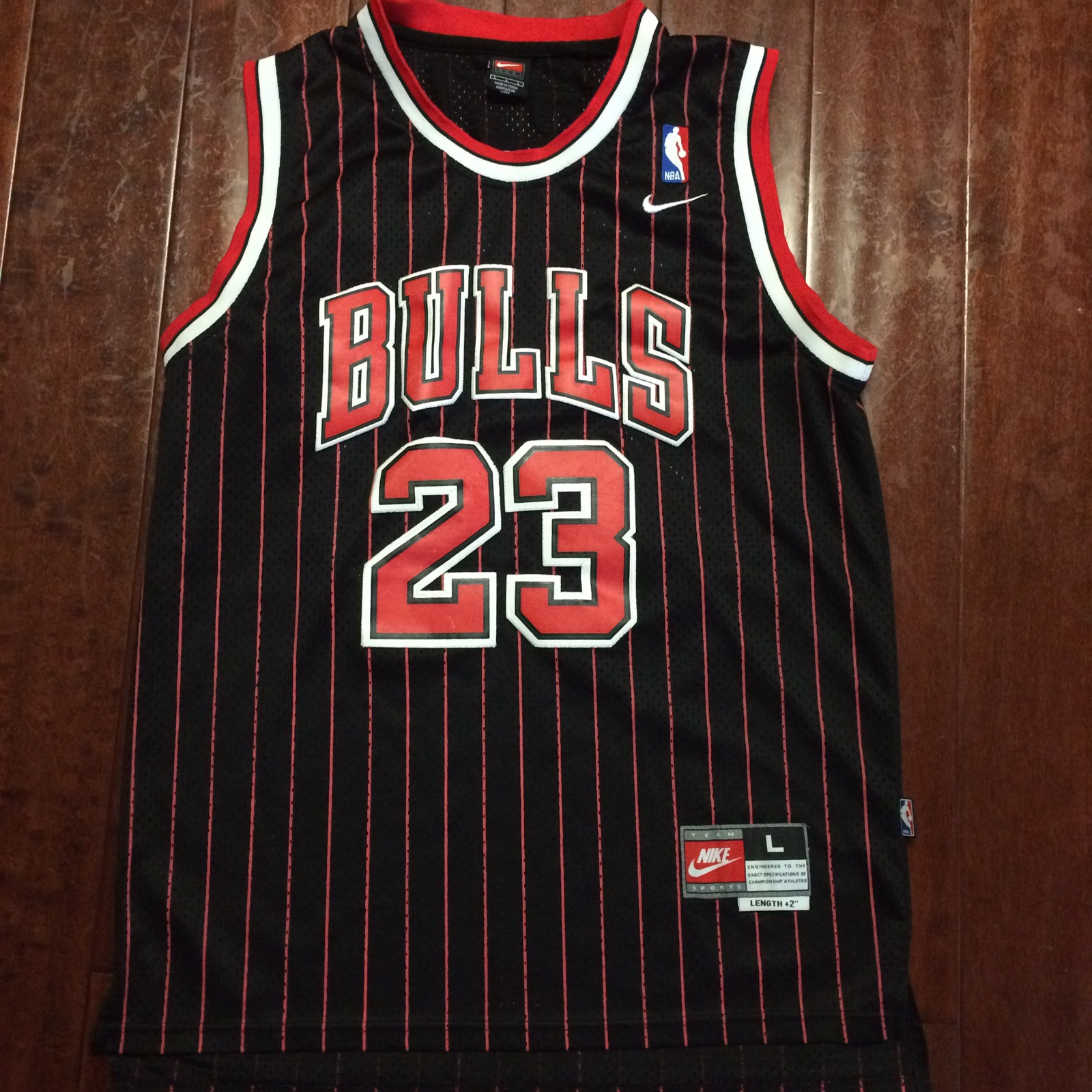 official photos 8b983 34267 Vintage Authentic Nike Michael Jordan Chicago Bulls Black Pin Stripe Jersey