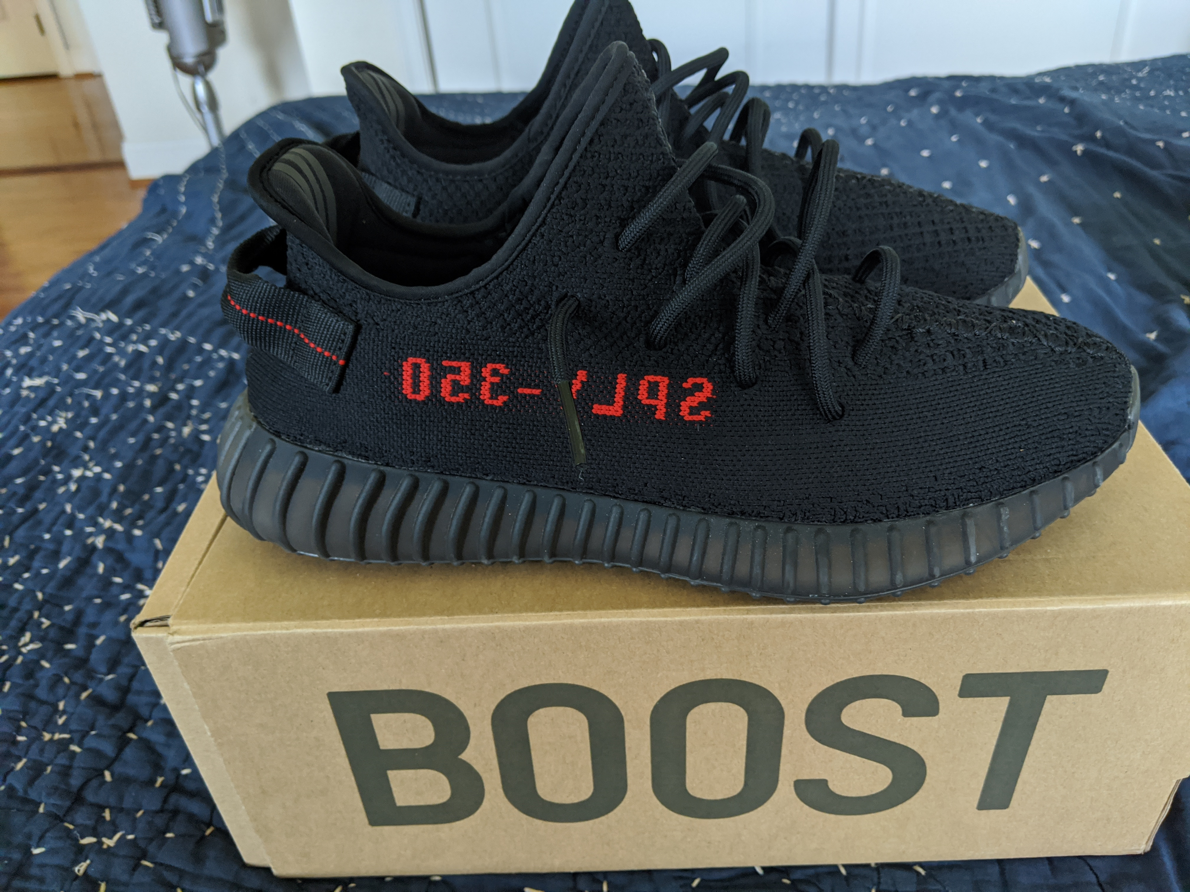 adidas yeezy 350 boost bred