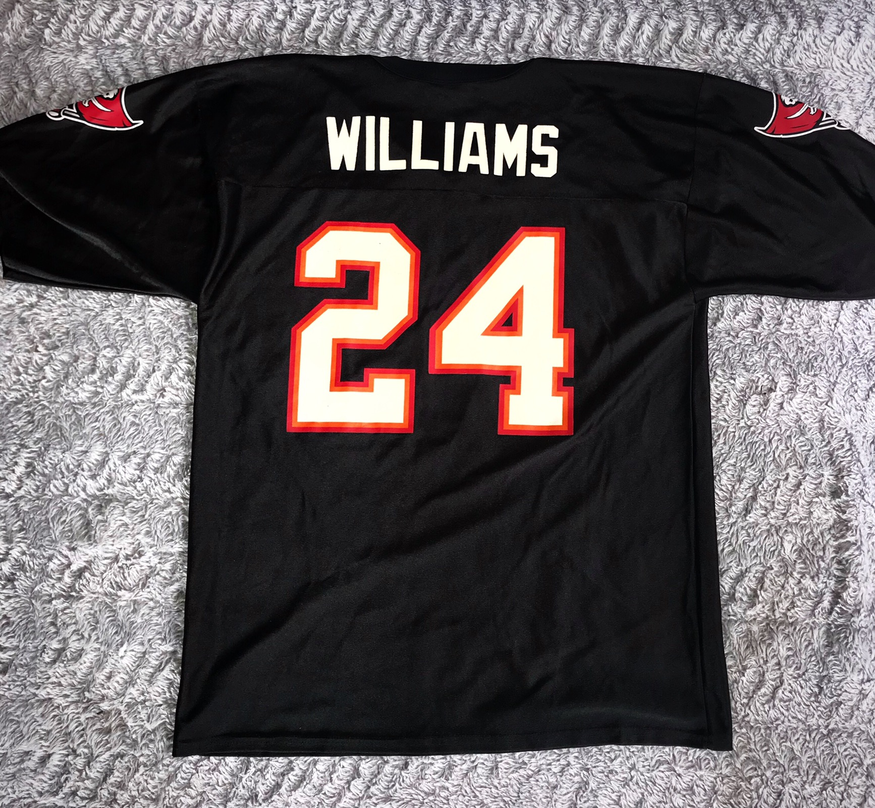 info for 62b04 3e03b VTG Cadillac Williams Tampa Bay Buccaneers #24 XL Black Jersey NFL Players  Inc