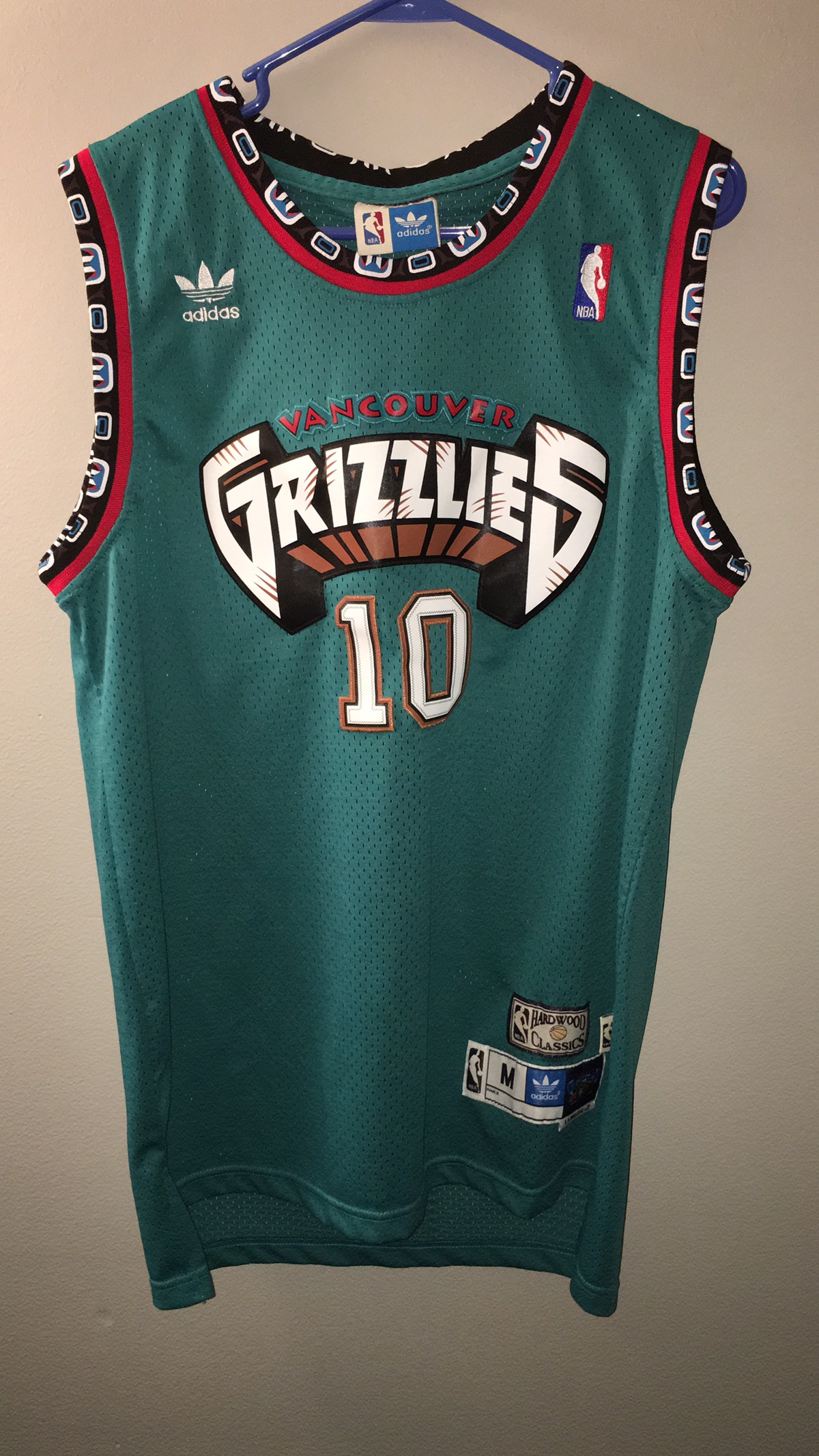9e729f6d5a2 Adidas × Nba ×. MIKE BIBBY VANCOUVER GRIZZLIES JERSEY. Size  US M ...
