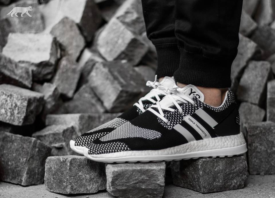 524d75ee8ac6c Y-3 Y-3 Pure Boost ZG Knit - White   Black - 12 Size 12 - Hi-Top Sneakers  for Sale - Grailed