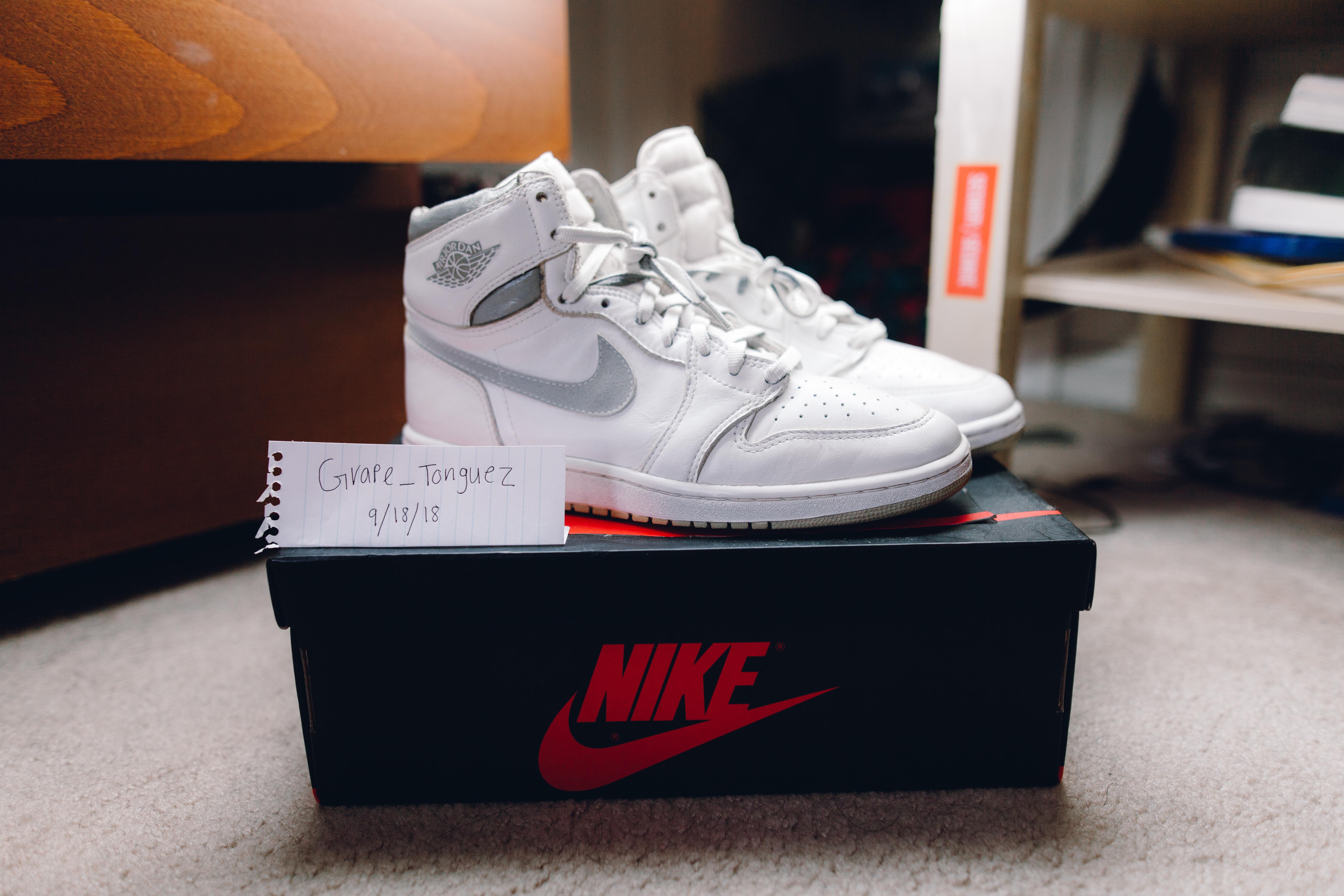 c111d0474fdfe5 Nike ×. Nike Air Jordan 1 1985 Neutral Grey OG