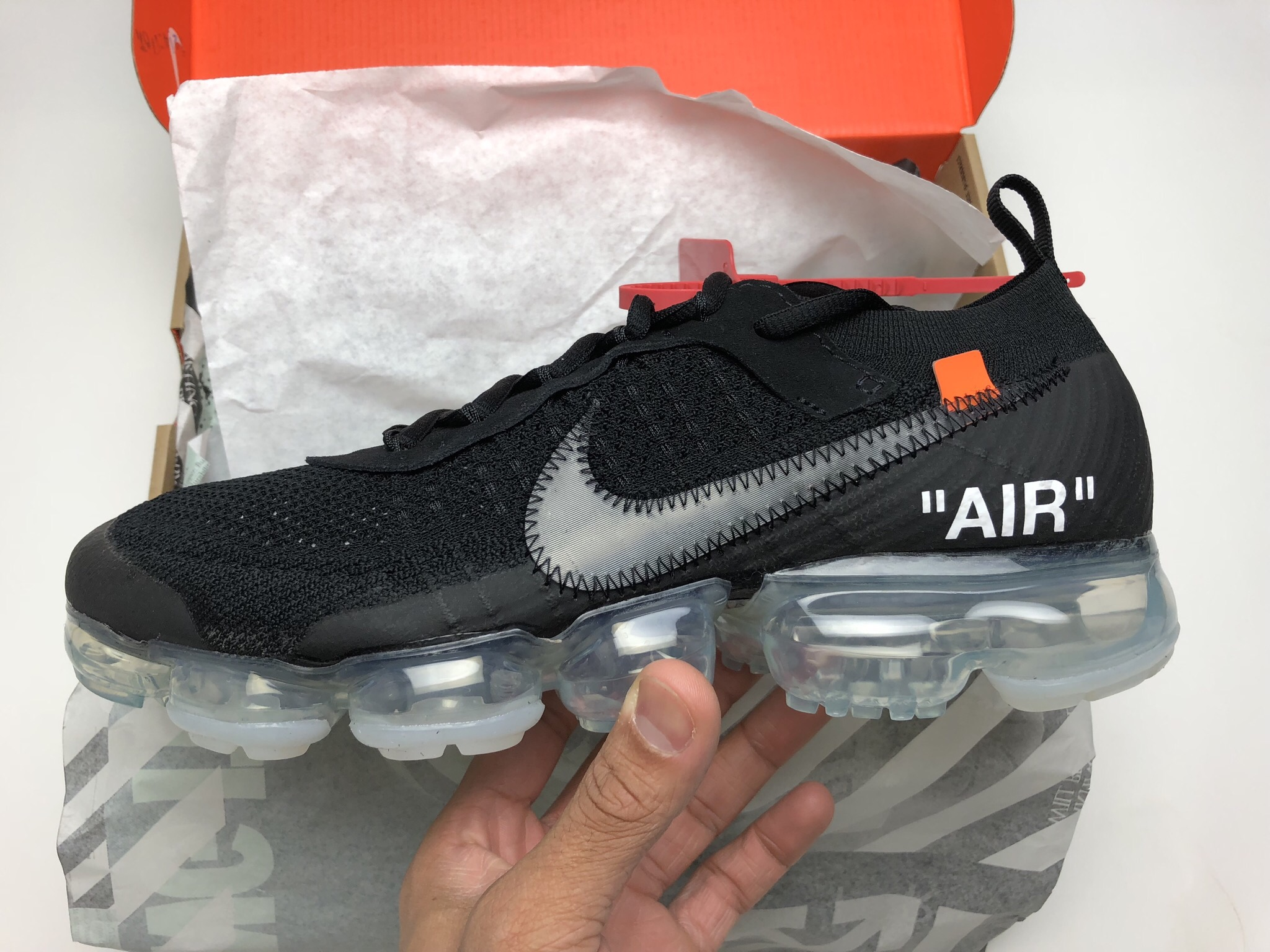 Men's Running Shoes NIKE Air VaporMax x OFF WHITE Sneakers