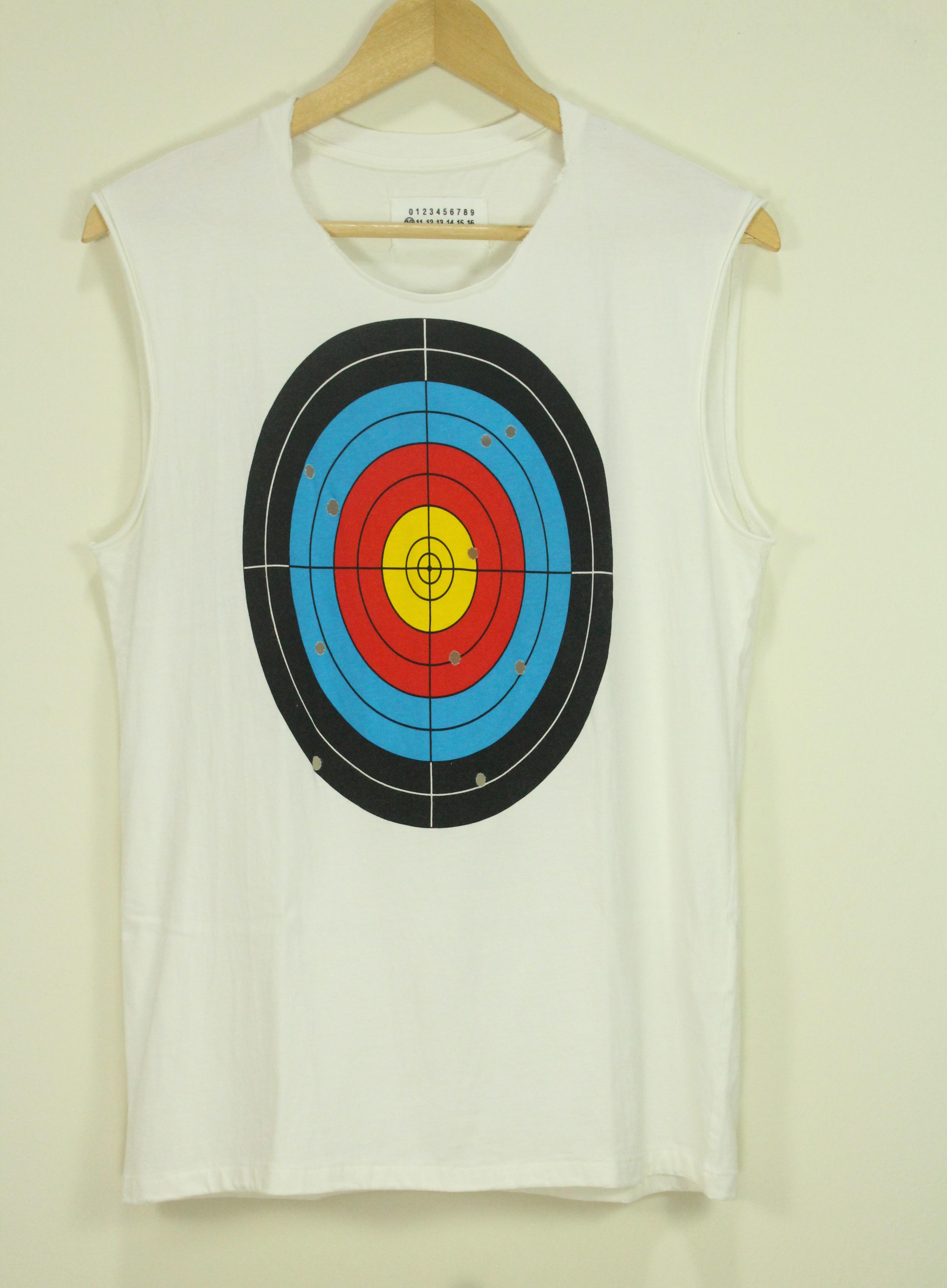 8c65bef794559f Maison Margiela T Shirt Sleeveless Tank Top Target Print Size s ...
