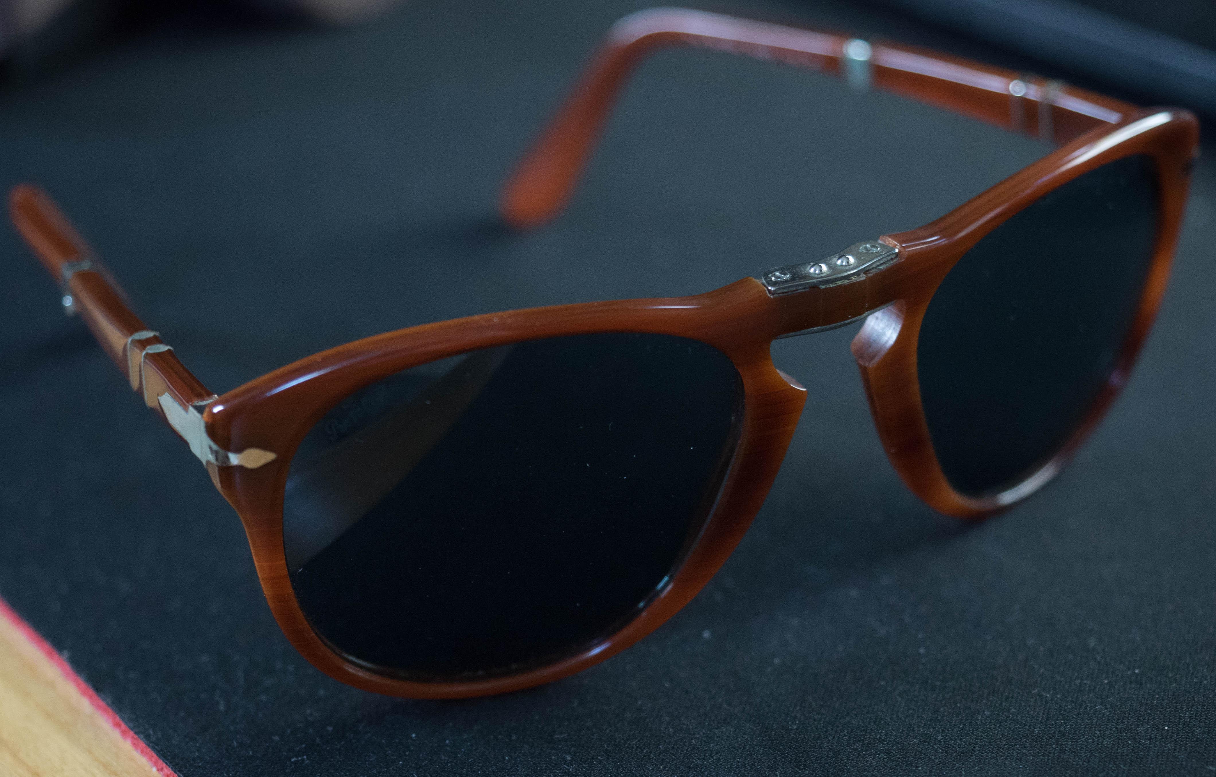 3c3b7e8eee Persol PO714 Foldable Polarised sunglasses Size one size - Sunglasses for  Sale - Grailed
