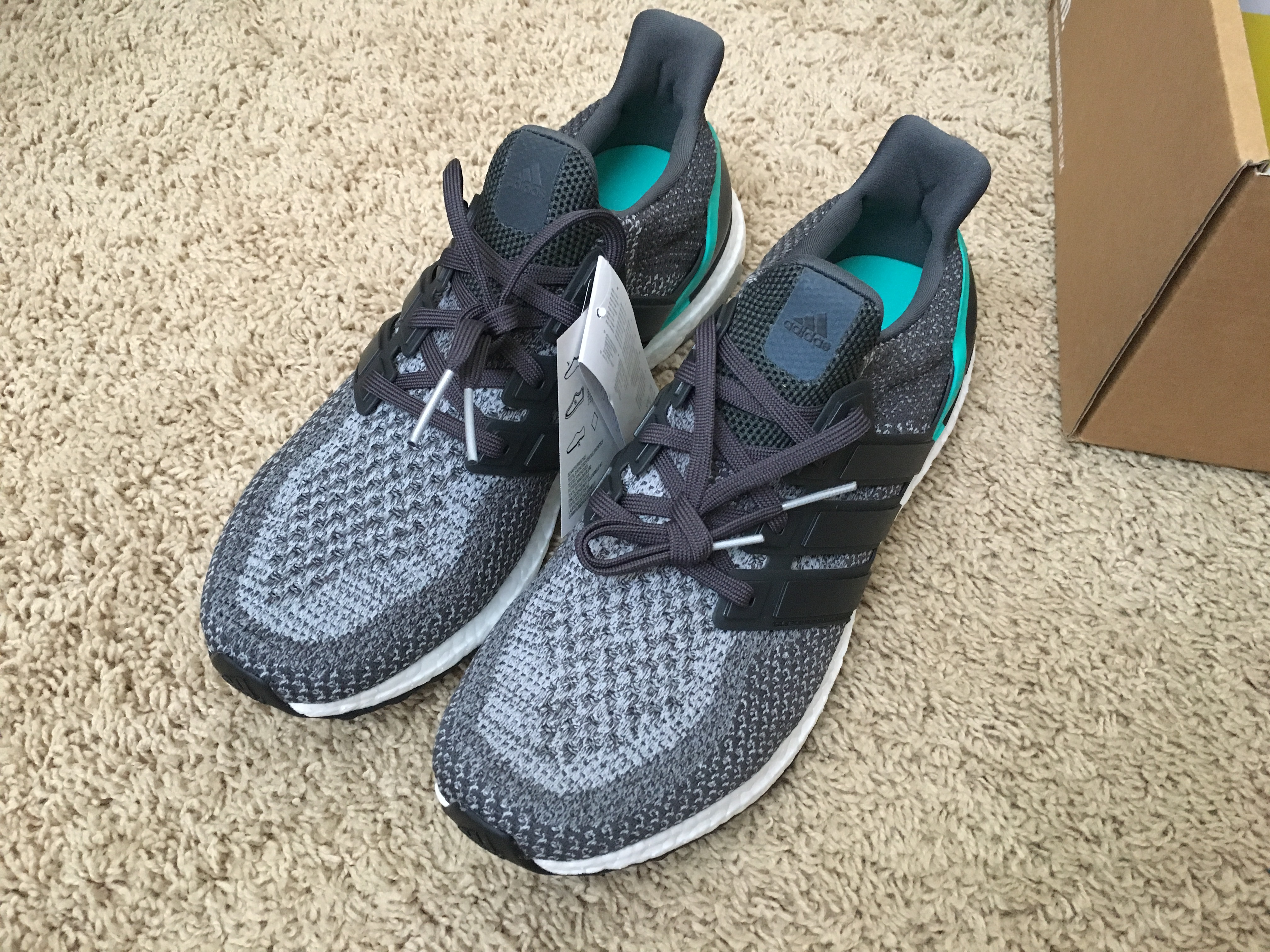 25d1ea8825d Adidas Ultra Boost Shock Mint Size 10.5 - Low-Top Sneakers for Sale ...