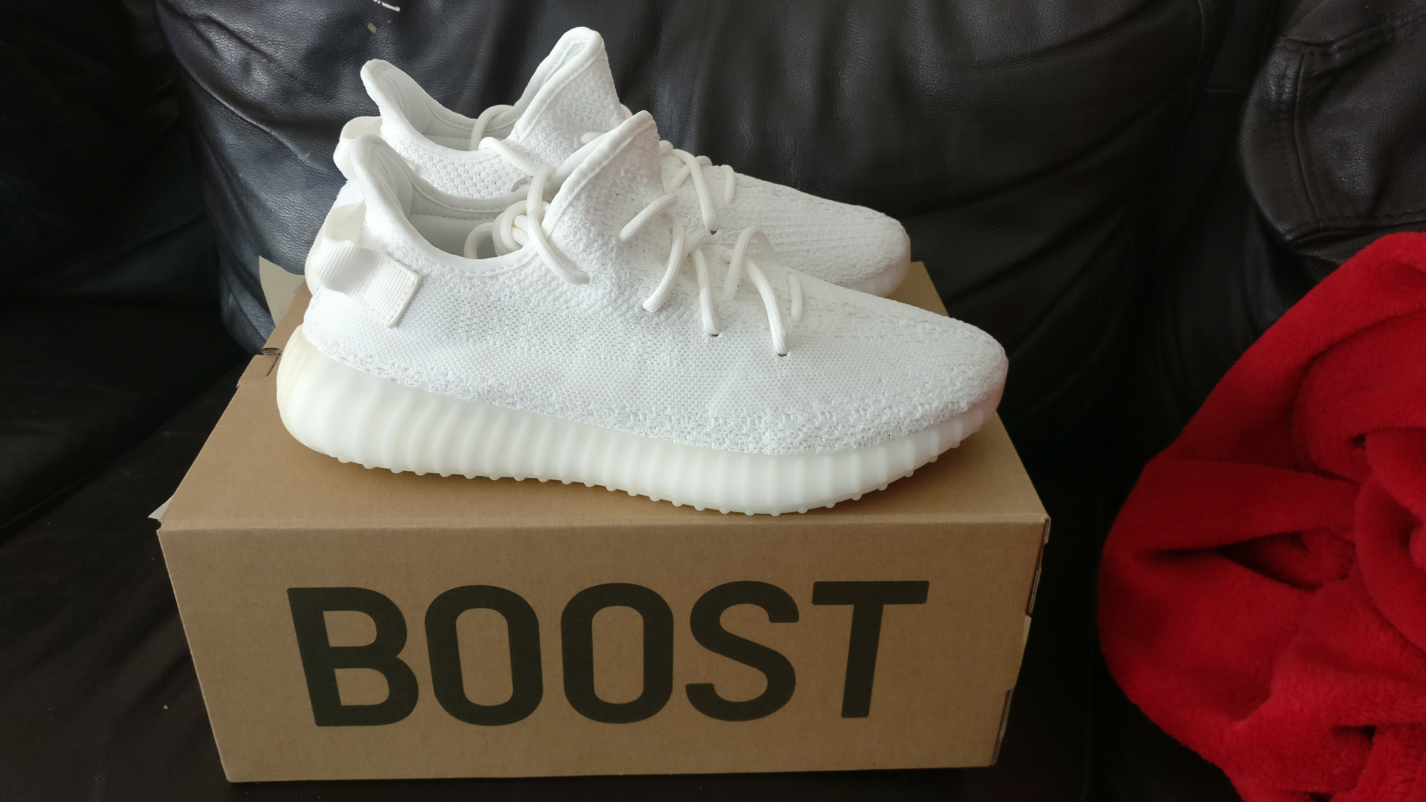 c85a5aa6 Adidas × Adidas Kanye West × Yeezy Boost ×. YEEZY BOOST 350 V2 CREAM WHITE  ...