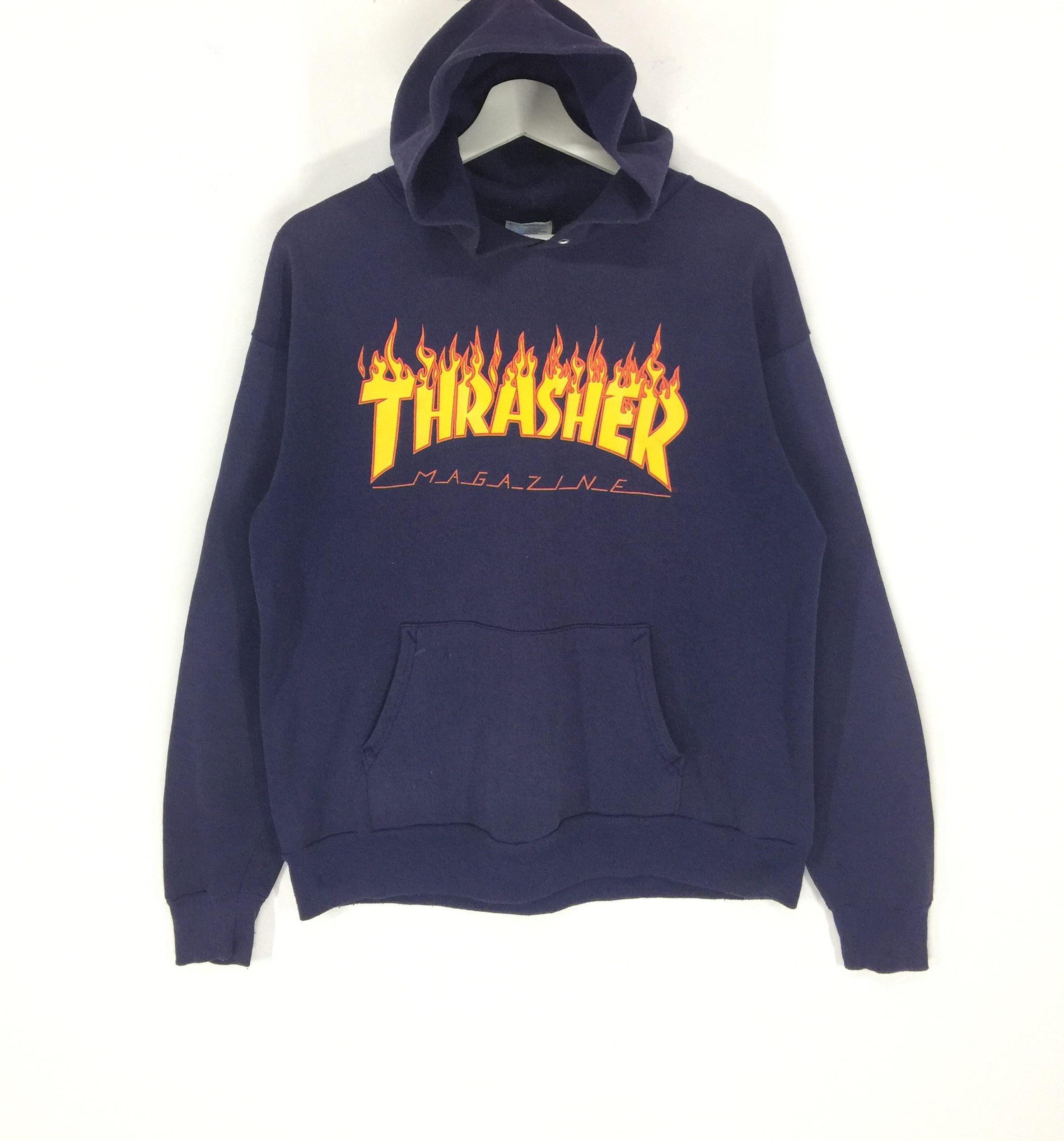 d8afbaebe718 Vintage Thrasher Magazine Spell Out Big Logo Vintage Hoodies Sweatshirt thrasher  Skateboard vintage Skate dogtown powell streetwear