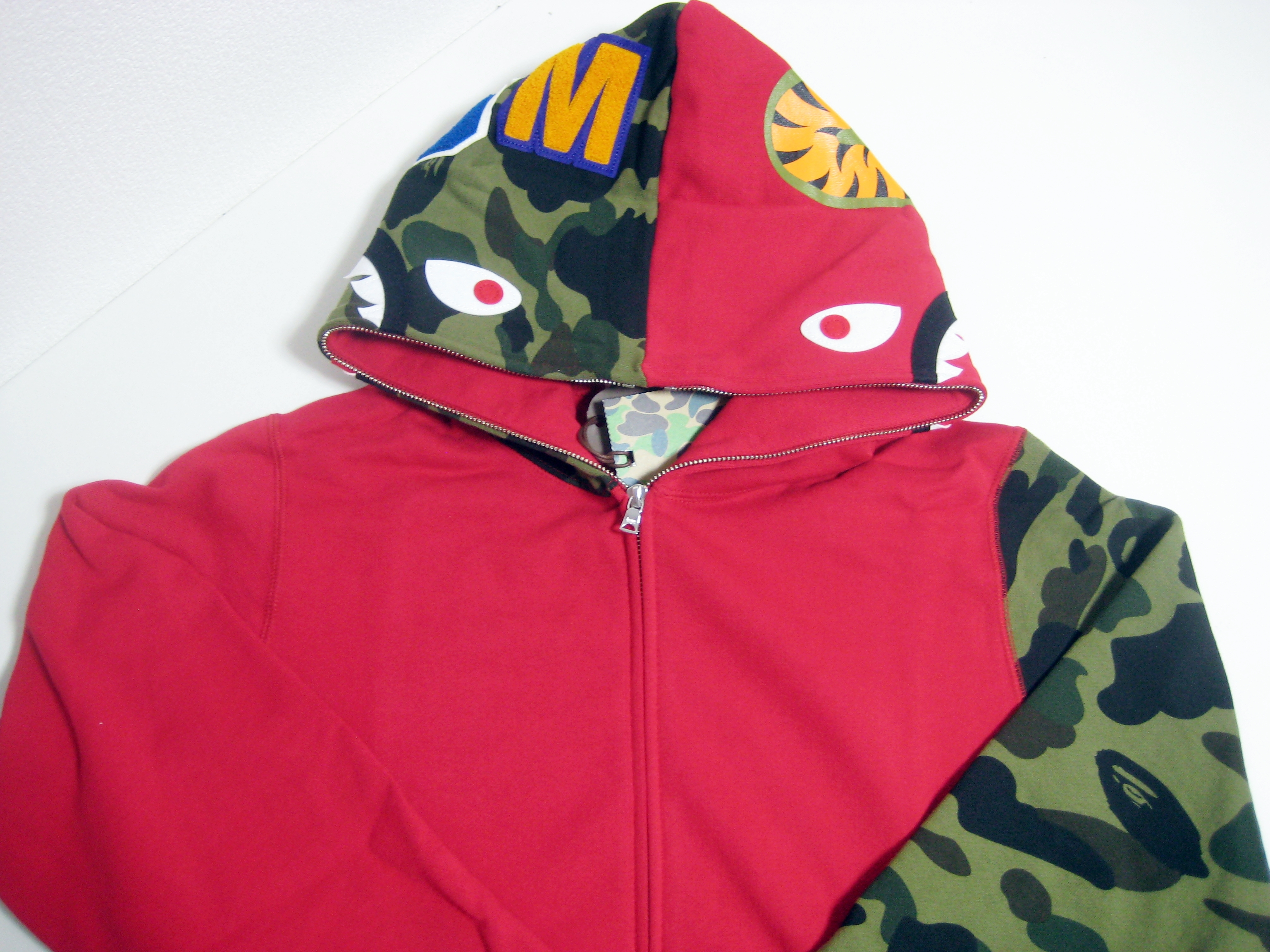 9a9c3dd4 Bape ×. A BATHING APE BAPE SHARK FULL ZIP HOODIE red L WGM sleeve camo made  in Japan