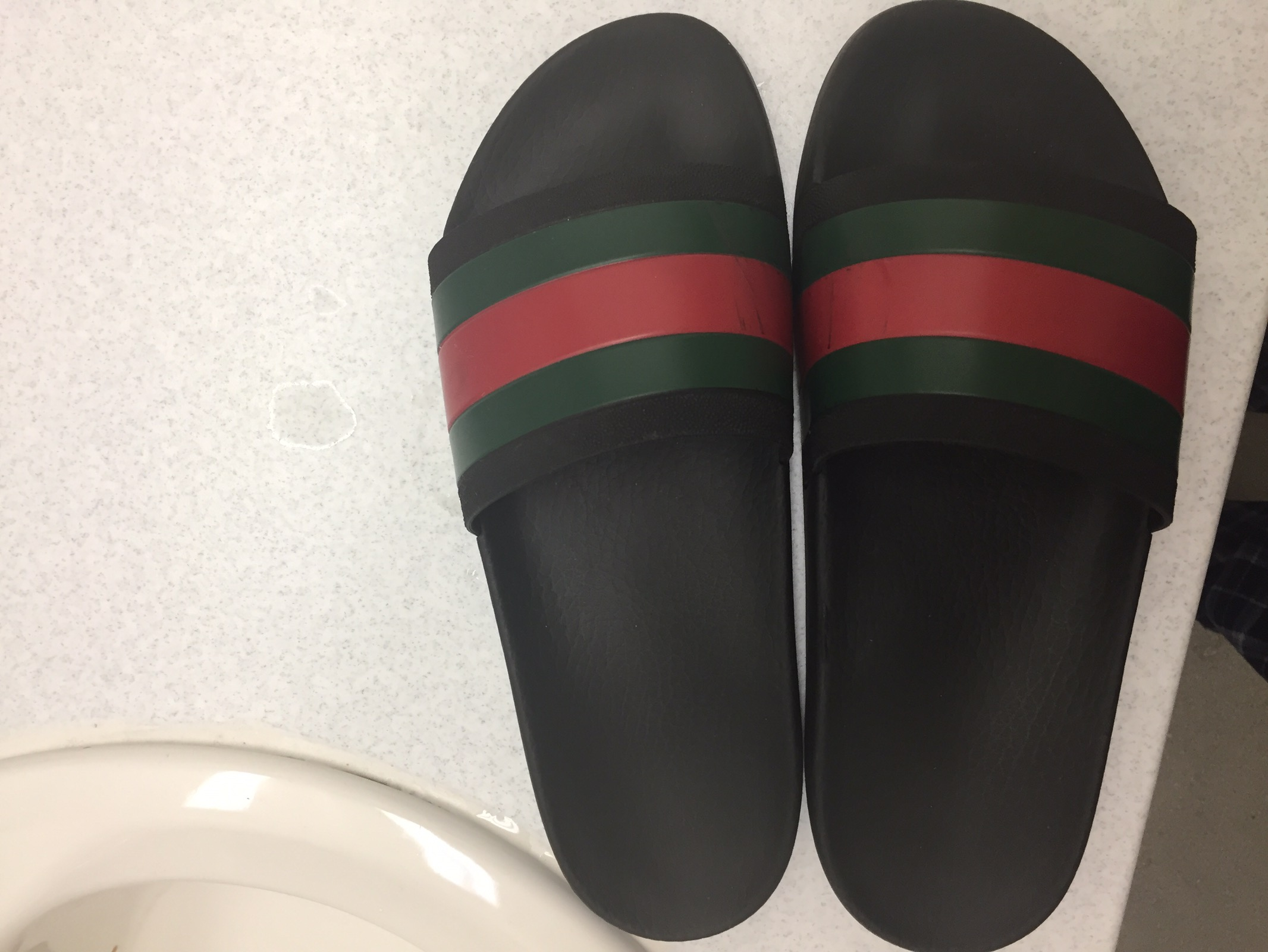 b1f1da386dbd Gucci GUCCI FLIP FLOPS RETAIL  200 Size 11 - Sandals for Sale - Grailed
