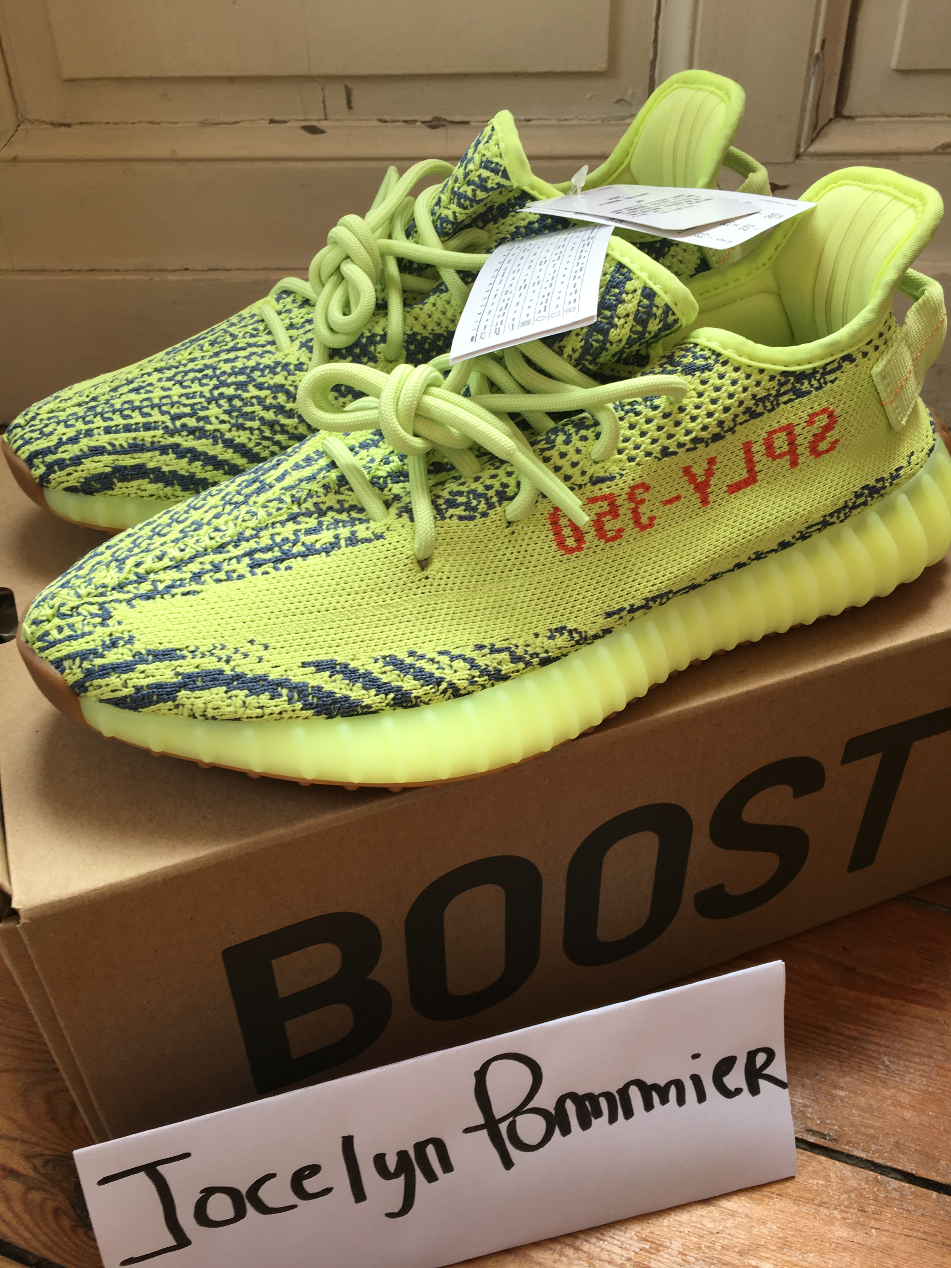 3a66d5e63af4d Yeezy Boost 350 V2 Semi Frozen Yellow Size 9 - Low-Top Sneakers for Sale -  Grailed