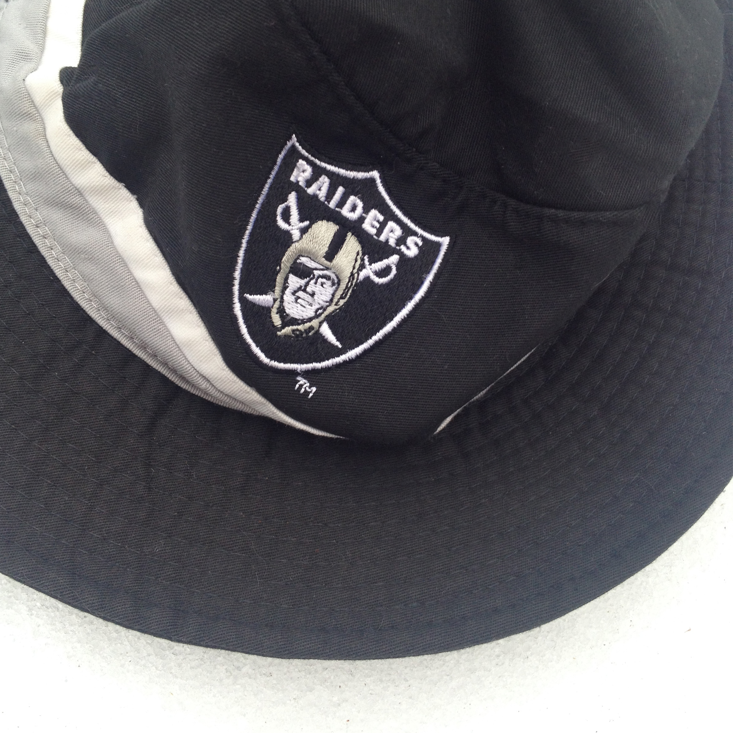 25bb21b48bd Starter Oakland Raiders Starter Bucket Hat