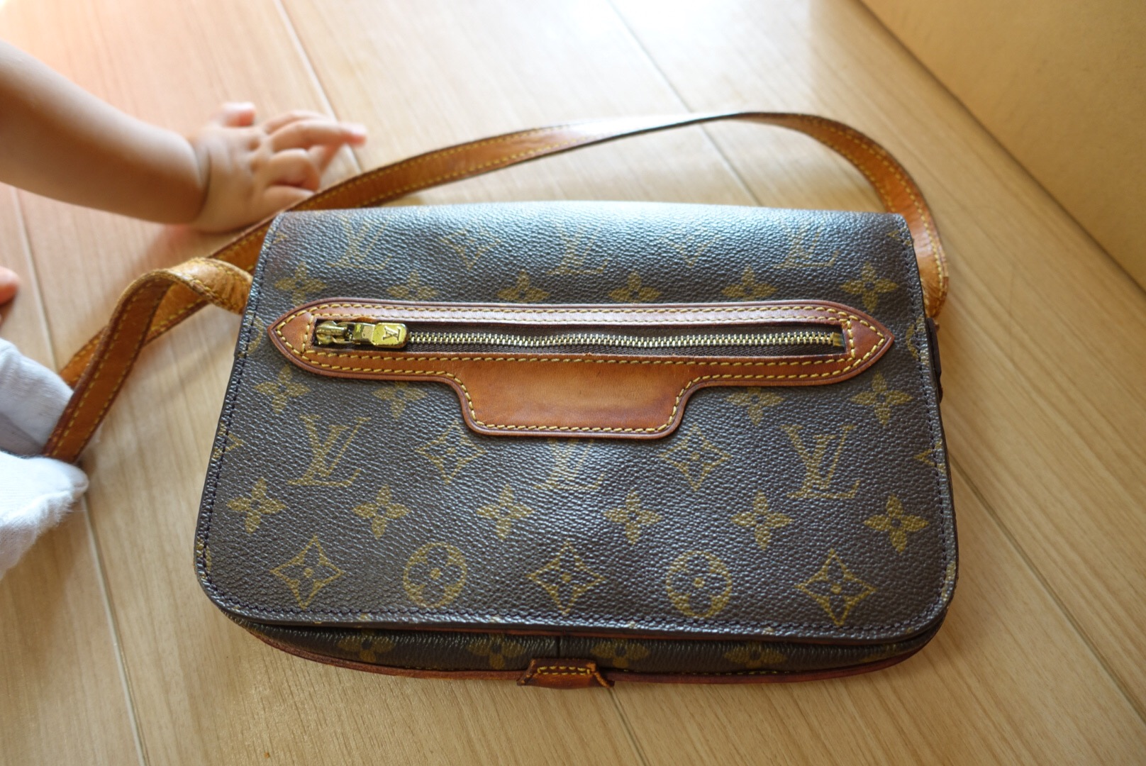 Are Louis Vuitton Bags Made In Usa Yoogis Closet Blog >> Authentic Lv Bags