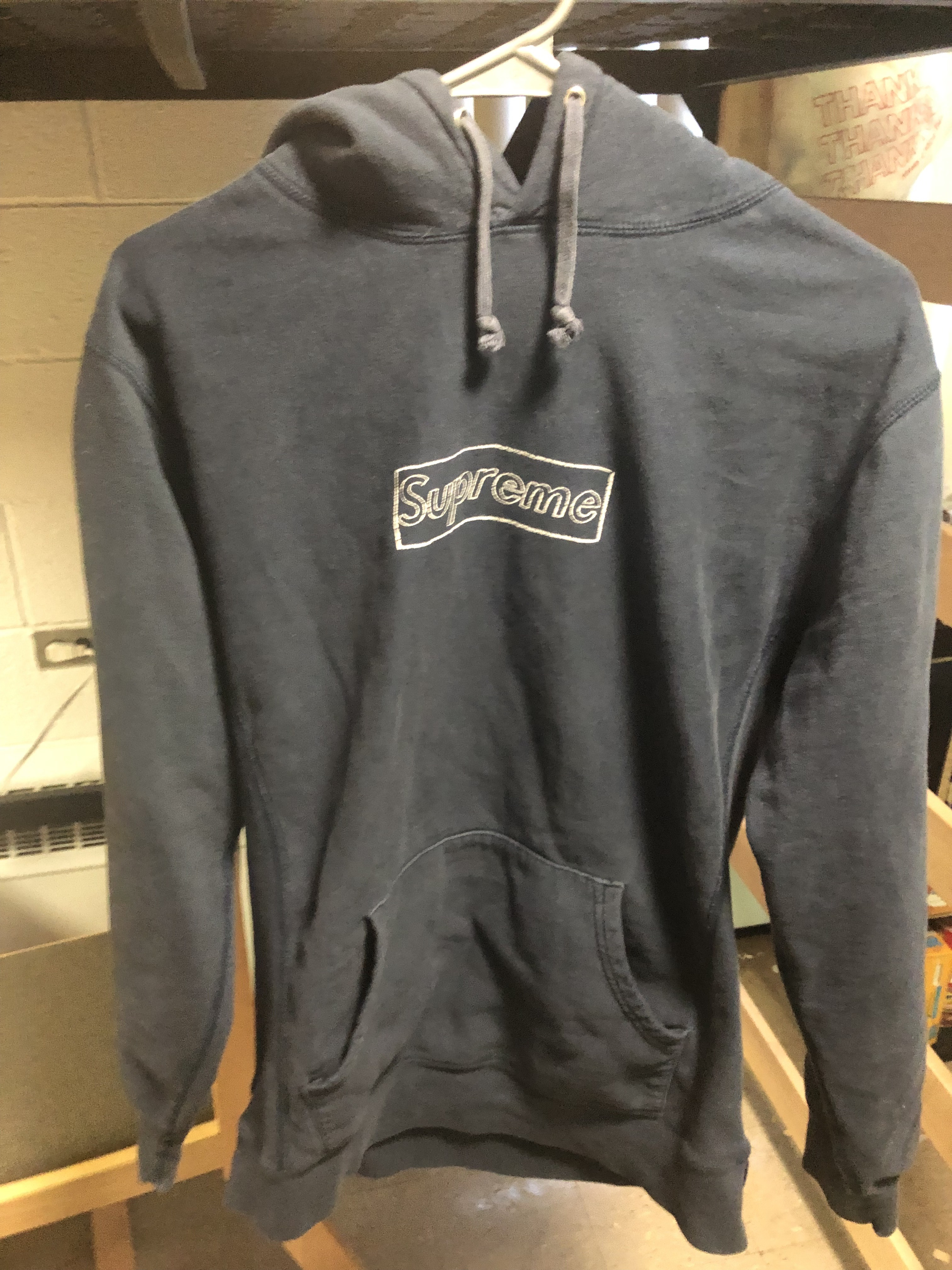 4c72f1ec5fbf Supreme Supreme x Kaws Box Logo Hoodie Size l - Sweatshirts   Hoodies for  Sale - Grailed