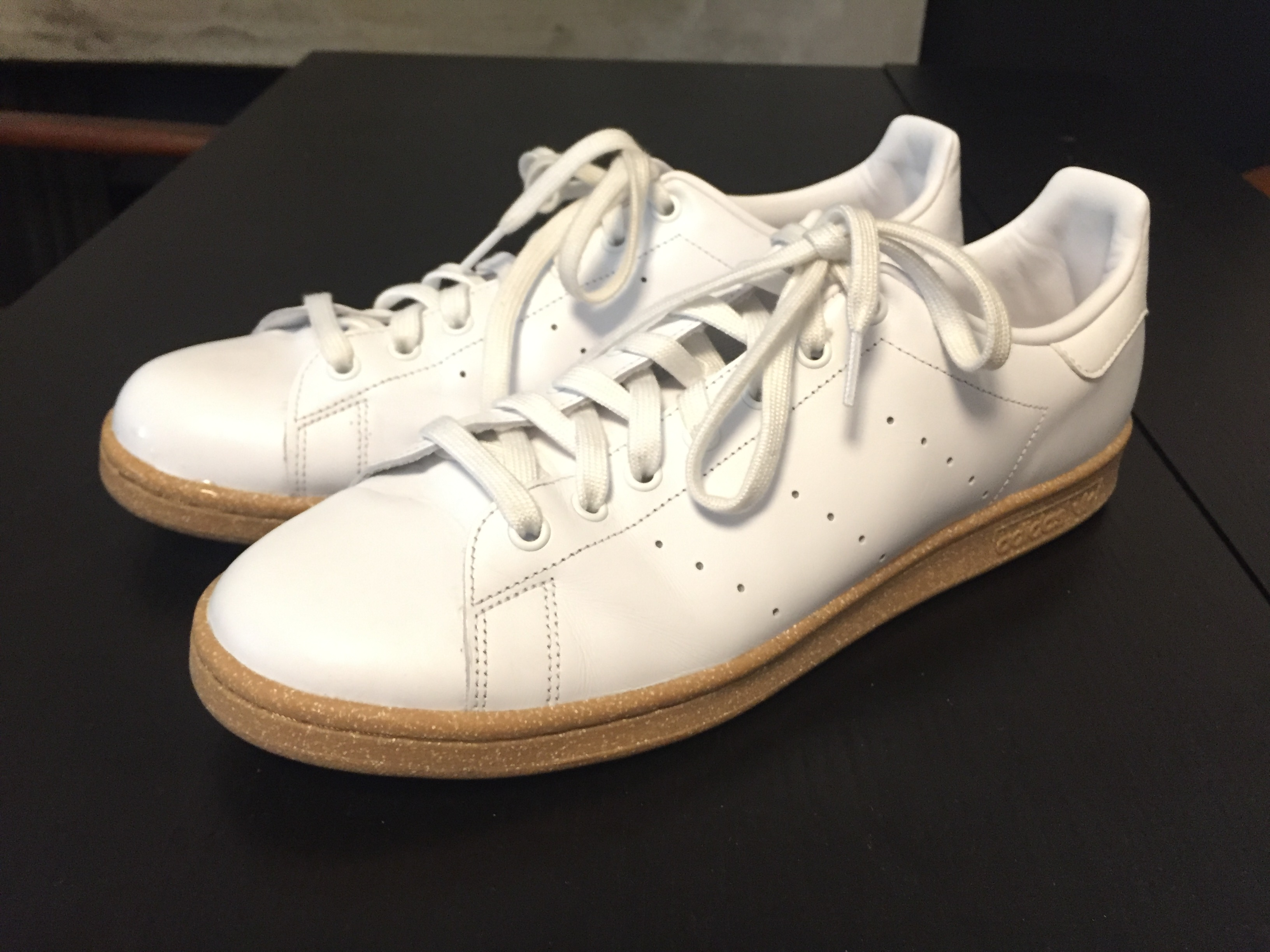 huge discount 718a8 3281c Stan Smith white / gum sole