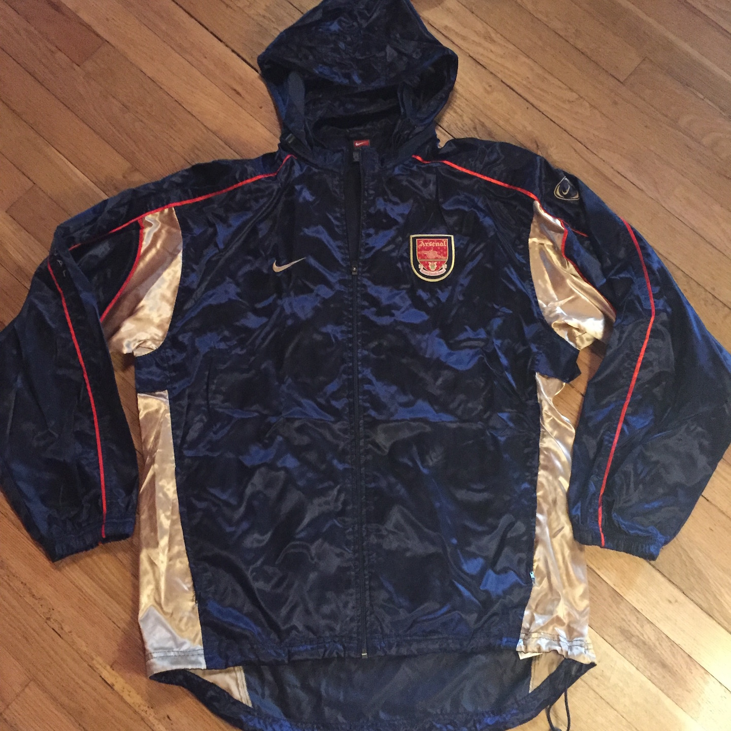 863d69aa34 Nike Vintage 90s Nike Arsenal Football Club Hooded Jacket L Size l - Light  Jackets for Sale - Grailed