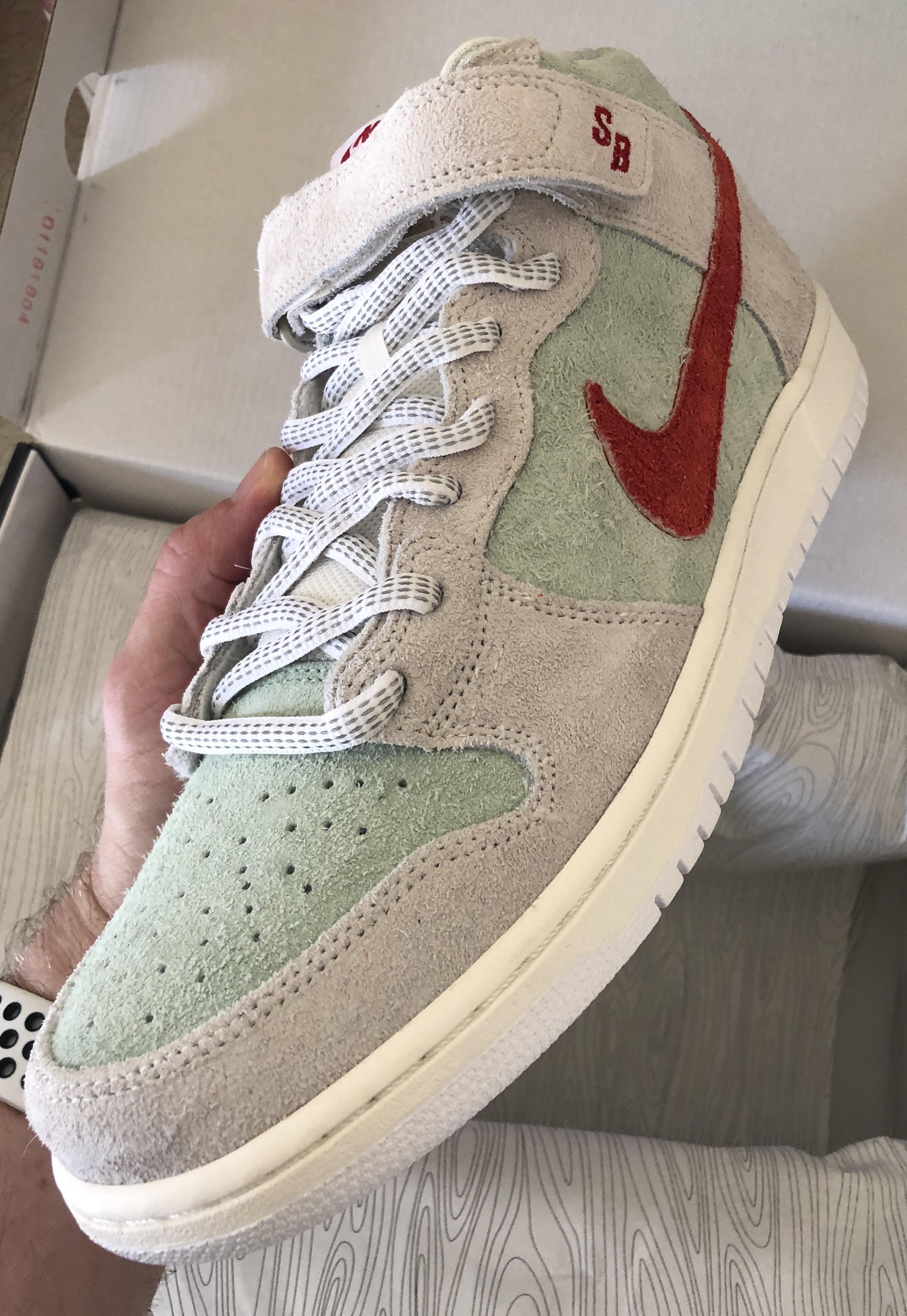 Nike Nike Sb Dunk Mid Pro Qs Men's Skateboarding Shoe Aka White ...