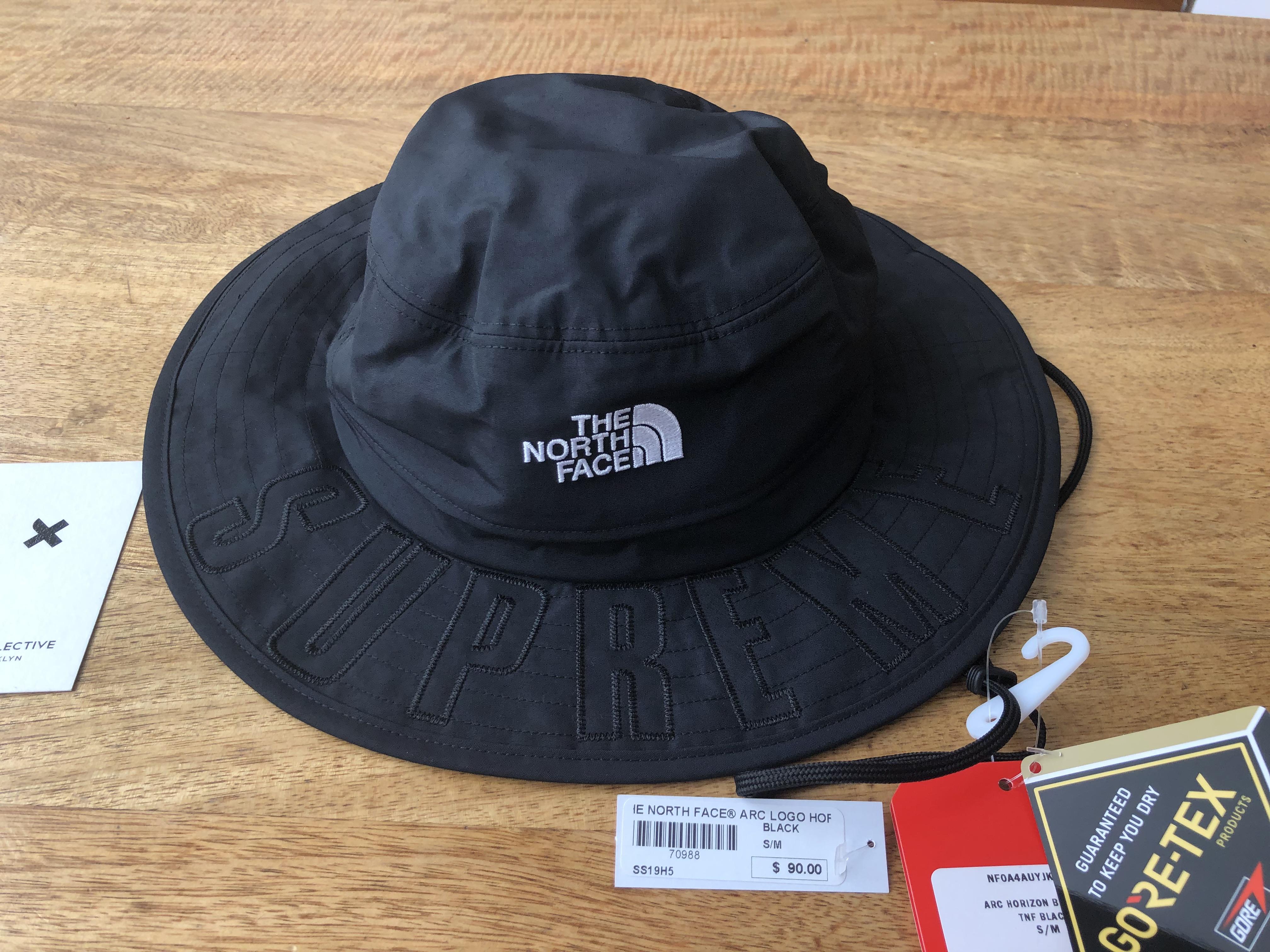e2a03f11 Supreme × The North Face ×. Supreme® x The North Face® Arc Logo Horizon  Breeze Hat ...