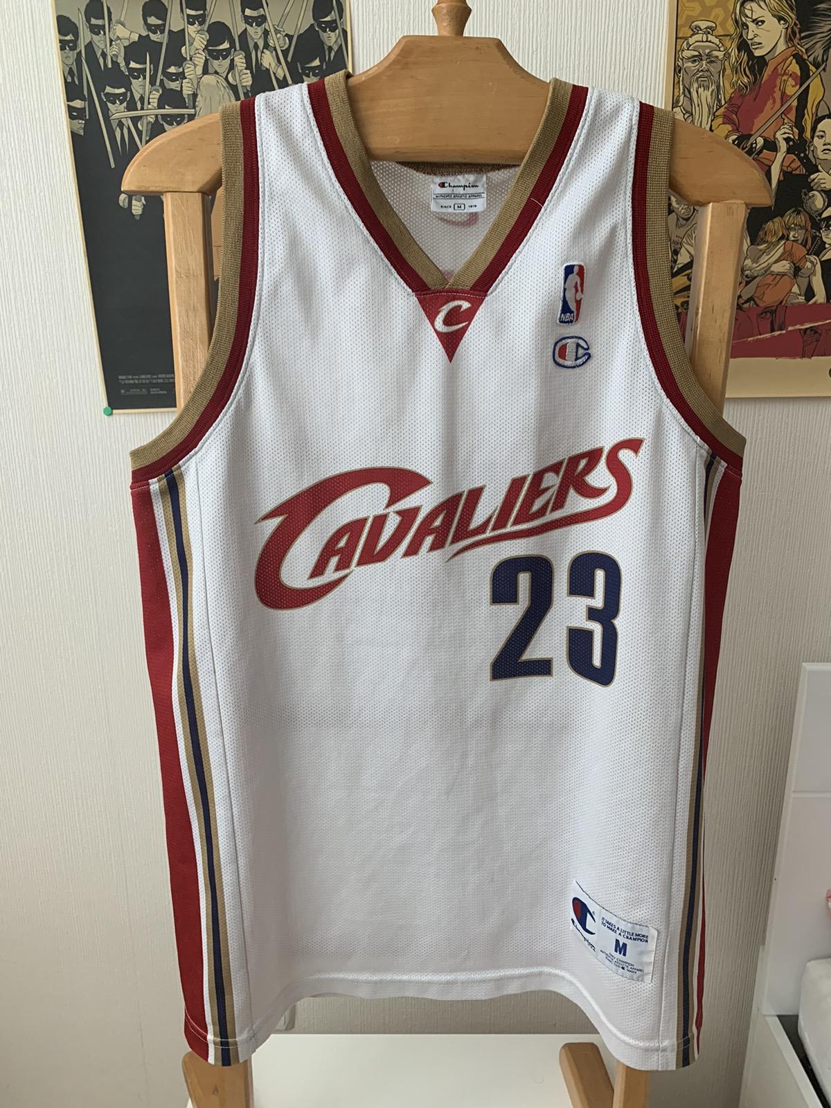 Champion VTG 90s Cleveland Cavaliers NBA Lebron James champion jersey