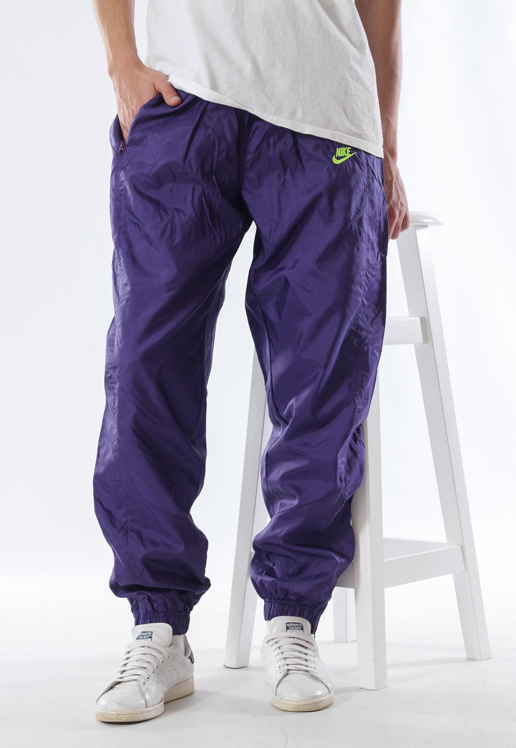 A3764 - 90s Vintage Mens NIKE Tracksuit Joggers Pants Trousers Purple Nylon  Size L