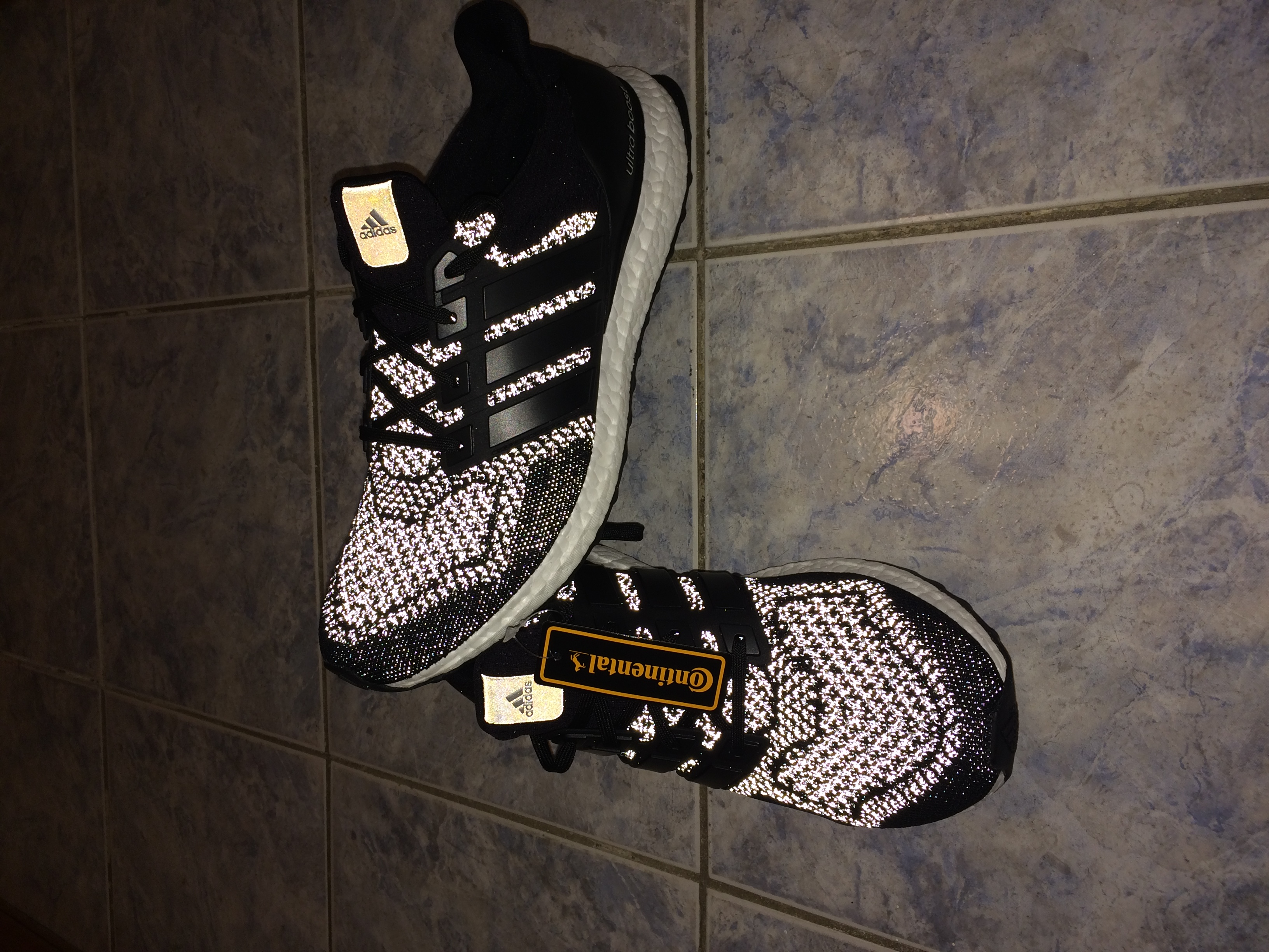 9cc9eaa0d7408 Adidas Ultra Boost Continental 3m